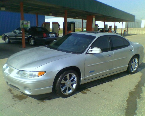 KSRebel09 2002 Pontiac Grand Prix 13127068