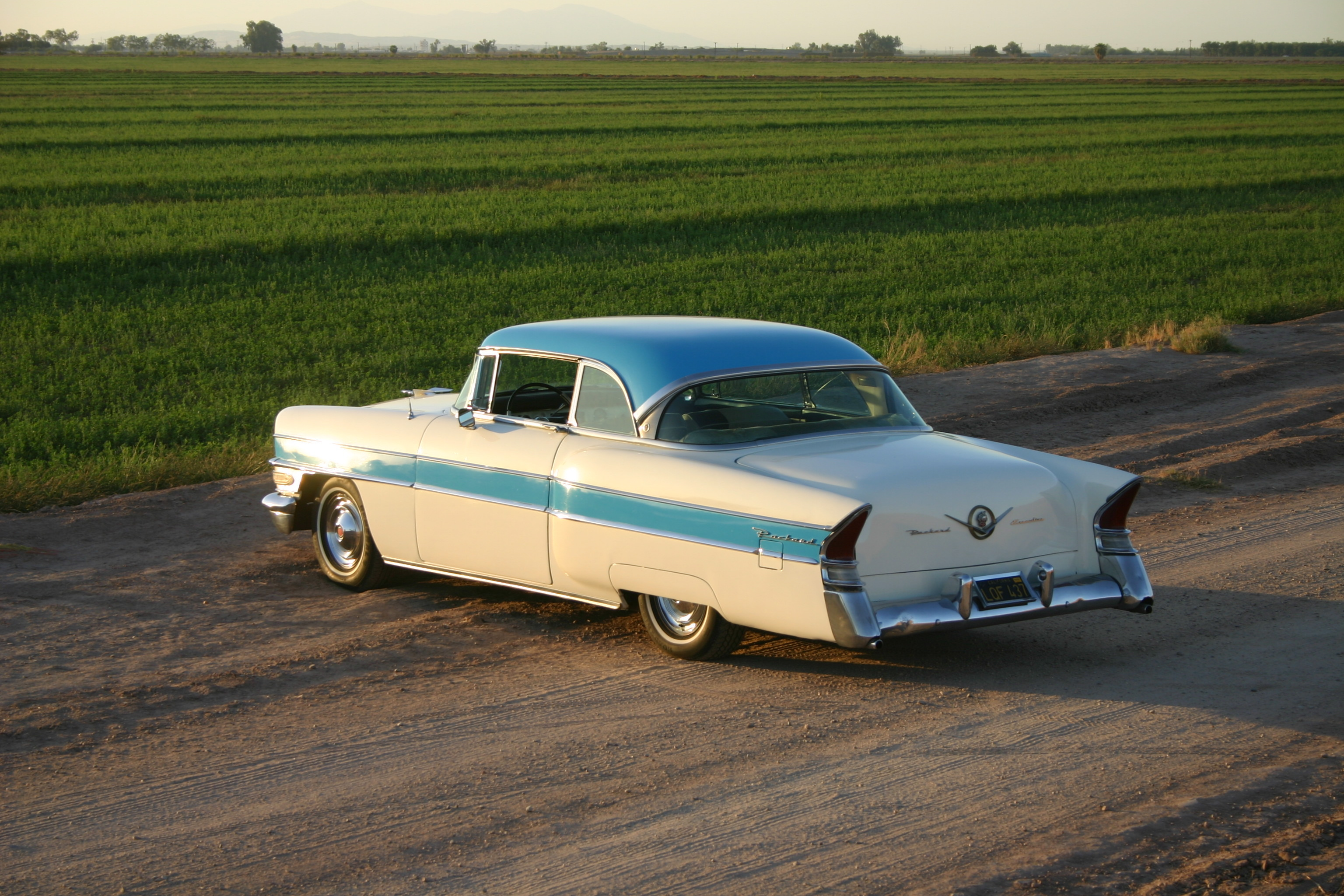 Another panamadave 1956 Packard 400 post... - 13131308