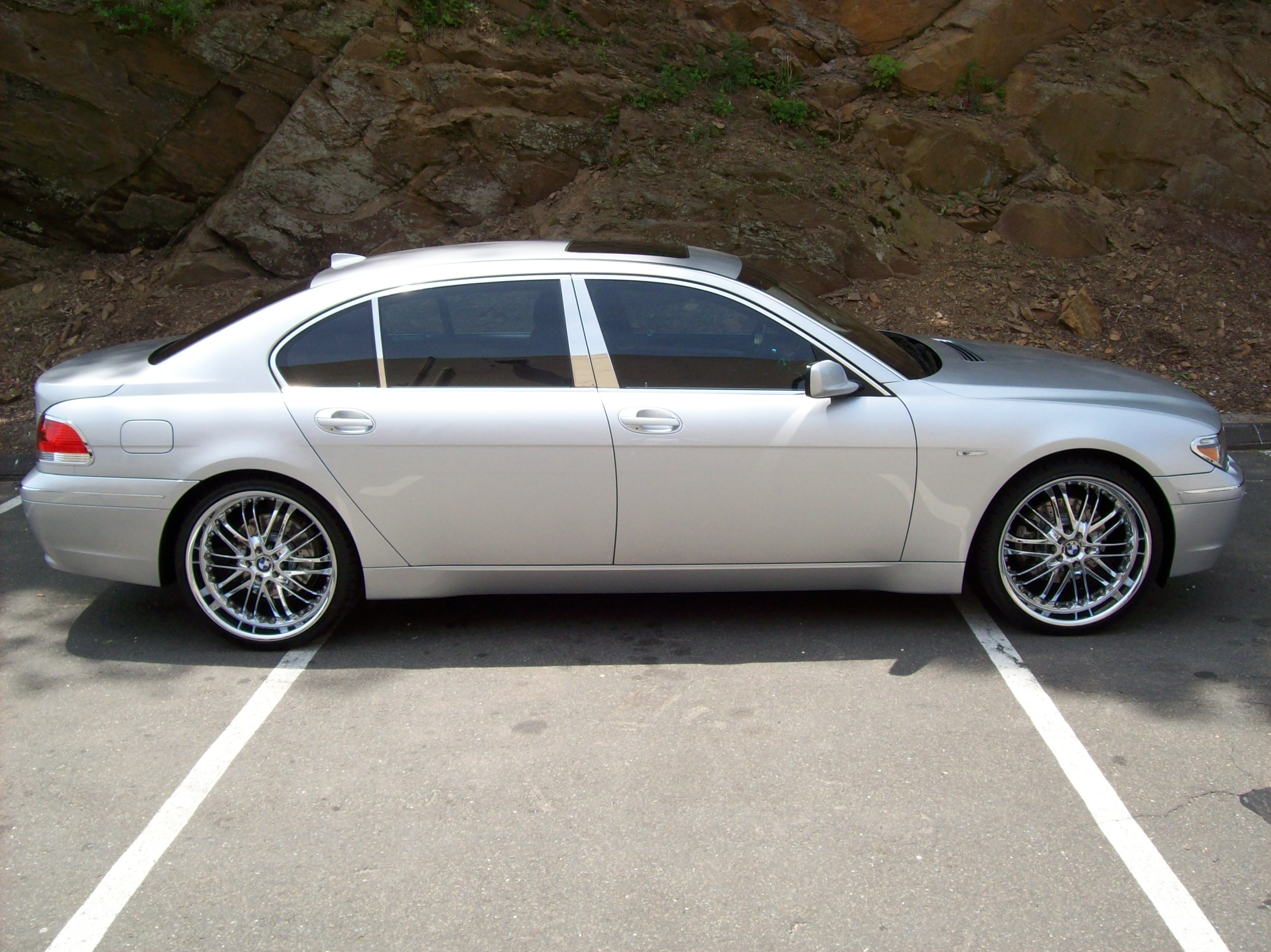 outlawimmortal55's 2003 BMW 7 Series