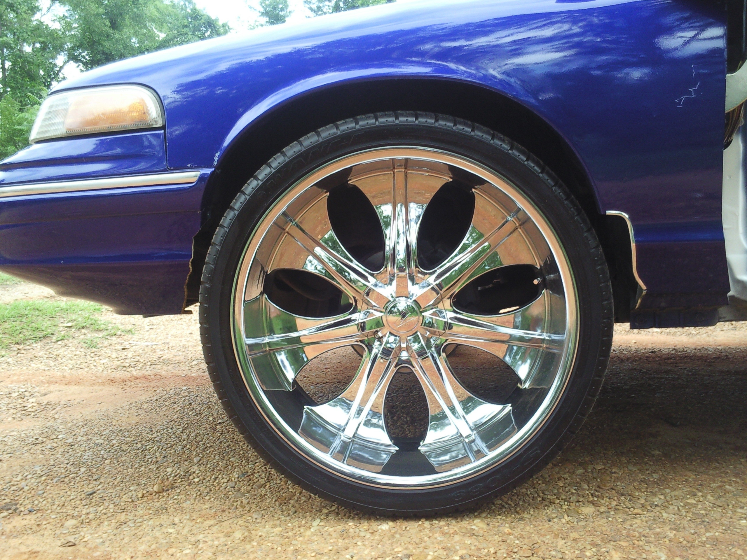 lilsammy25 1997 Ford Crown Victoria Specs Photos Modification
