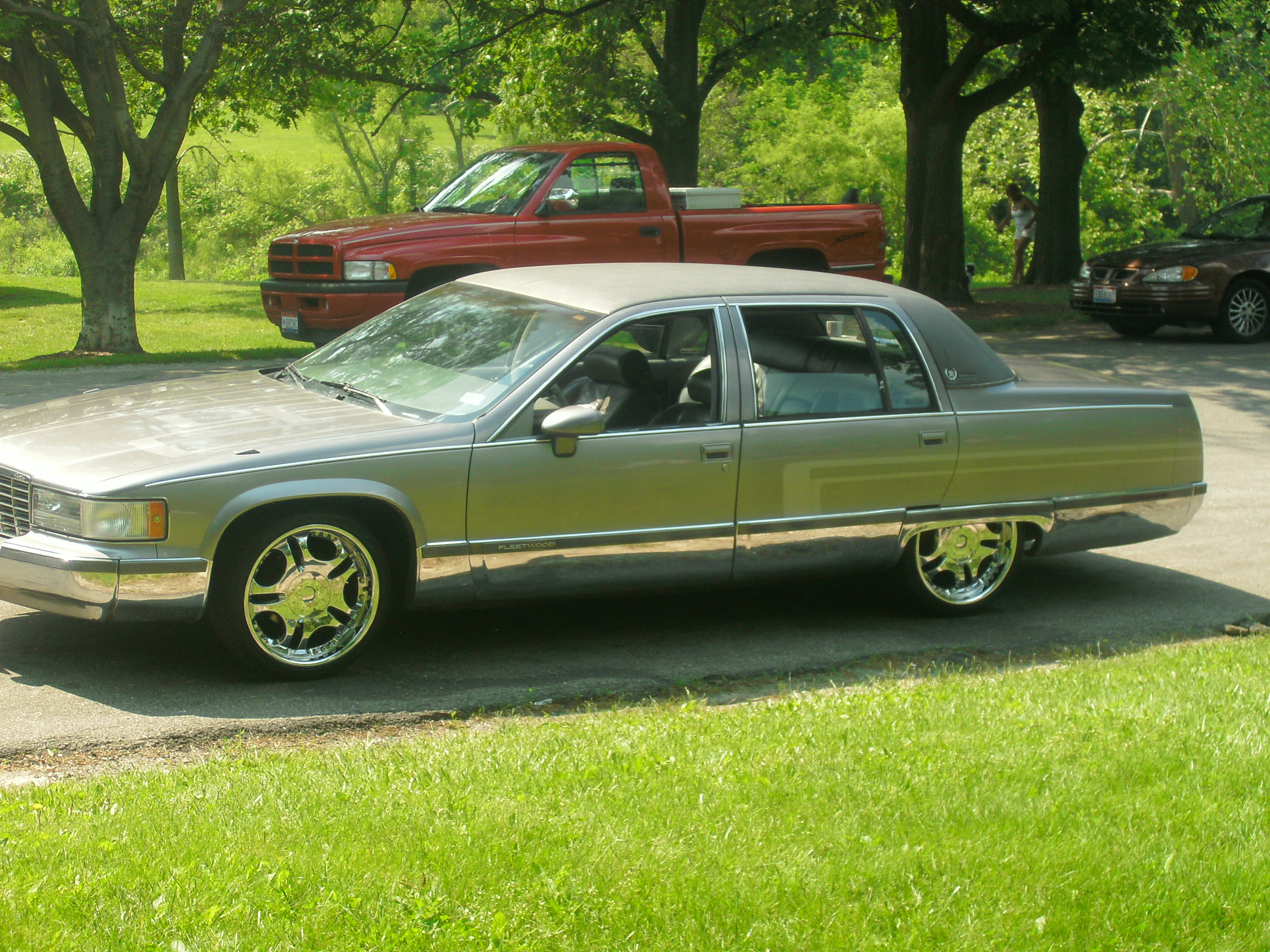 keepbang 1993 cadillac fleetwood specs photos modification info at. Cars Review. Best American Auto & Cars Review
