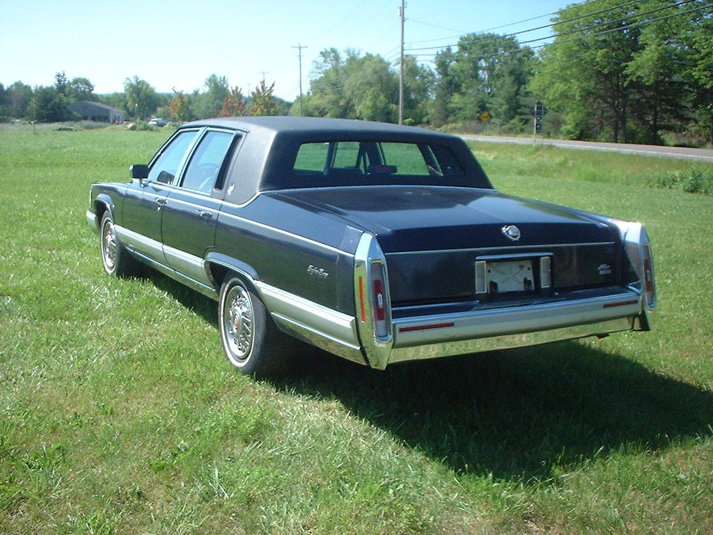 Another MAXBLUE04 1990 Cadillac Brougham post... - 13158794