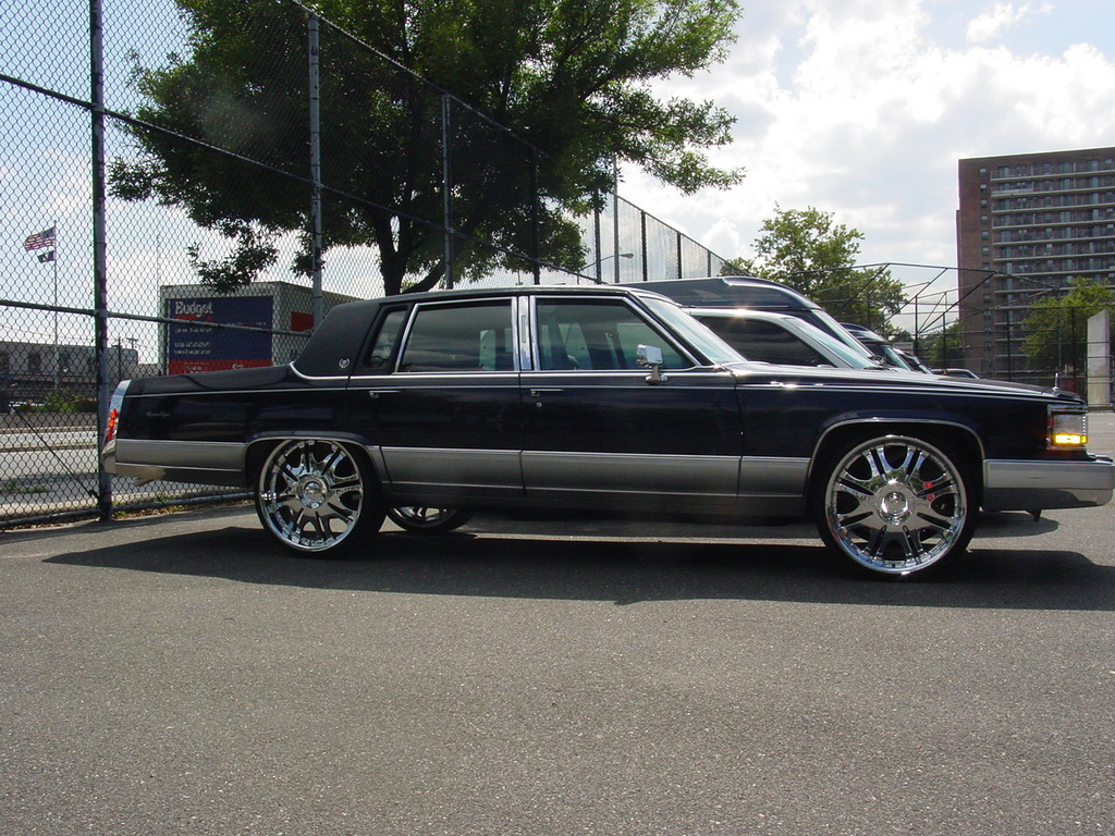 Another MAXBLUE04 1990 Cadillac Brougham post... - 13158804