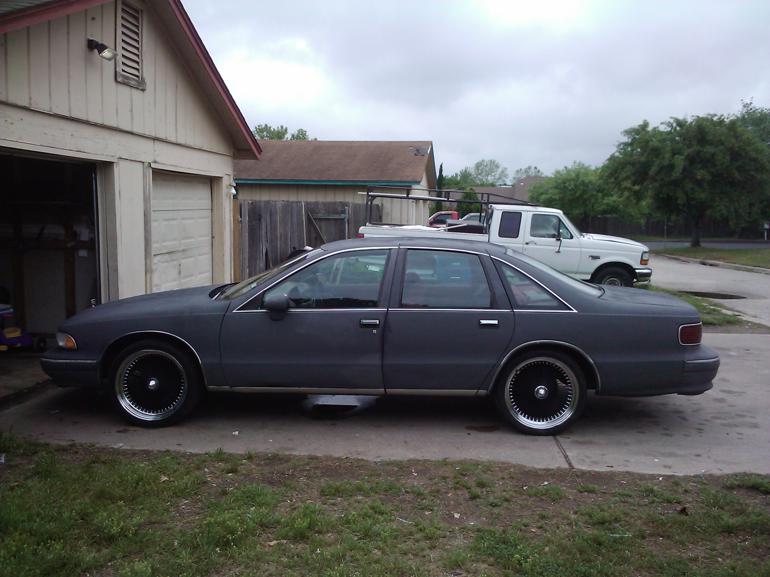 Another DATDUDE23 1994 Chevrolet Caprice Classic post... - 13171996