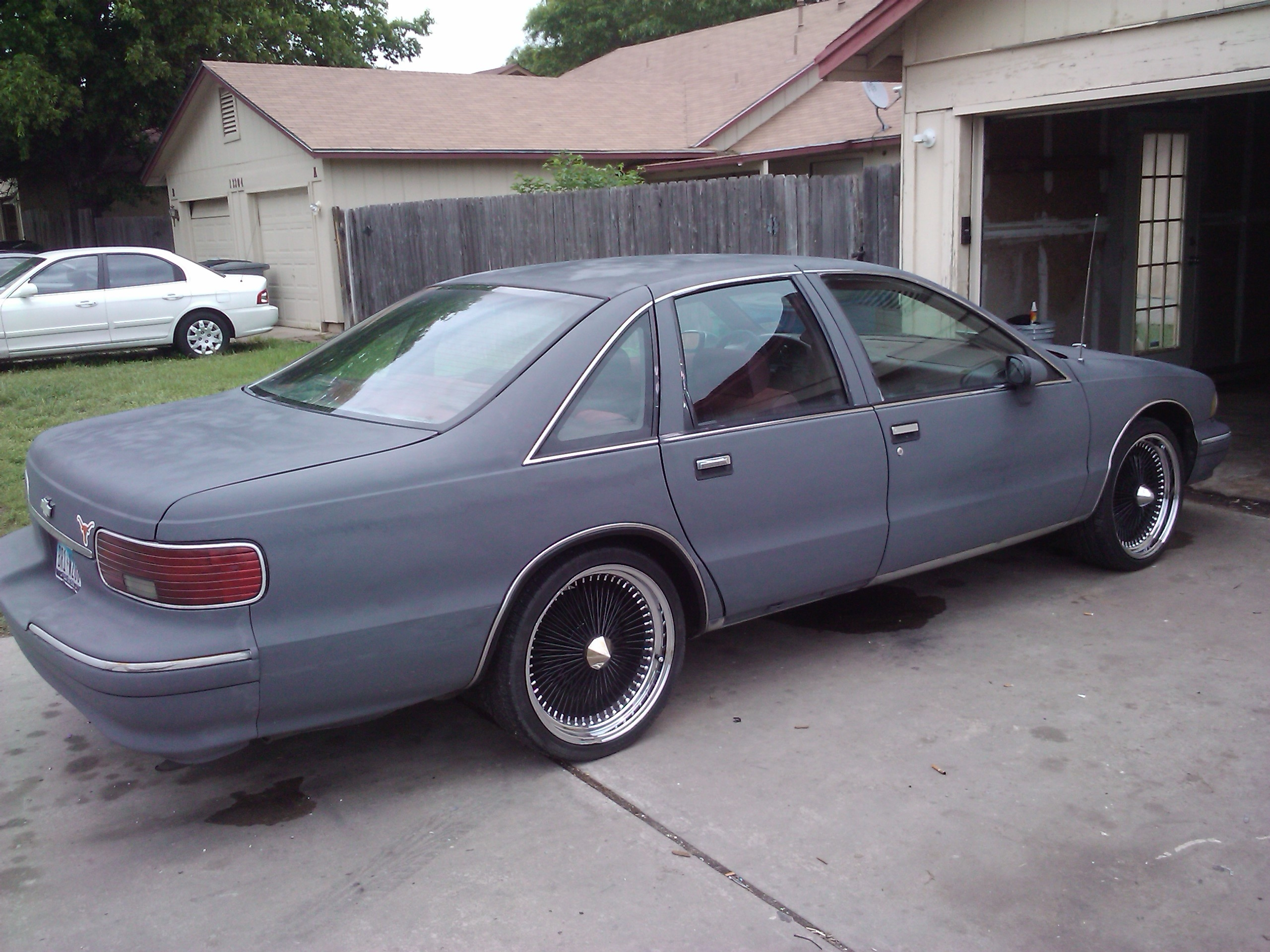 Another DATDUDE23 1994 Chevrolet Caprice Classic post... - 13171997