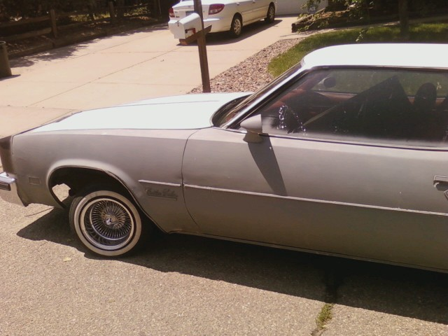 dthomas77s's 1977 Oldsmobile Cutlass Salon
