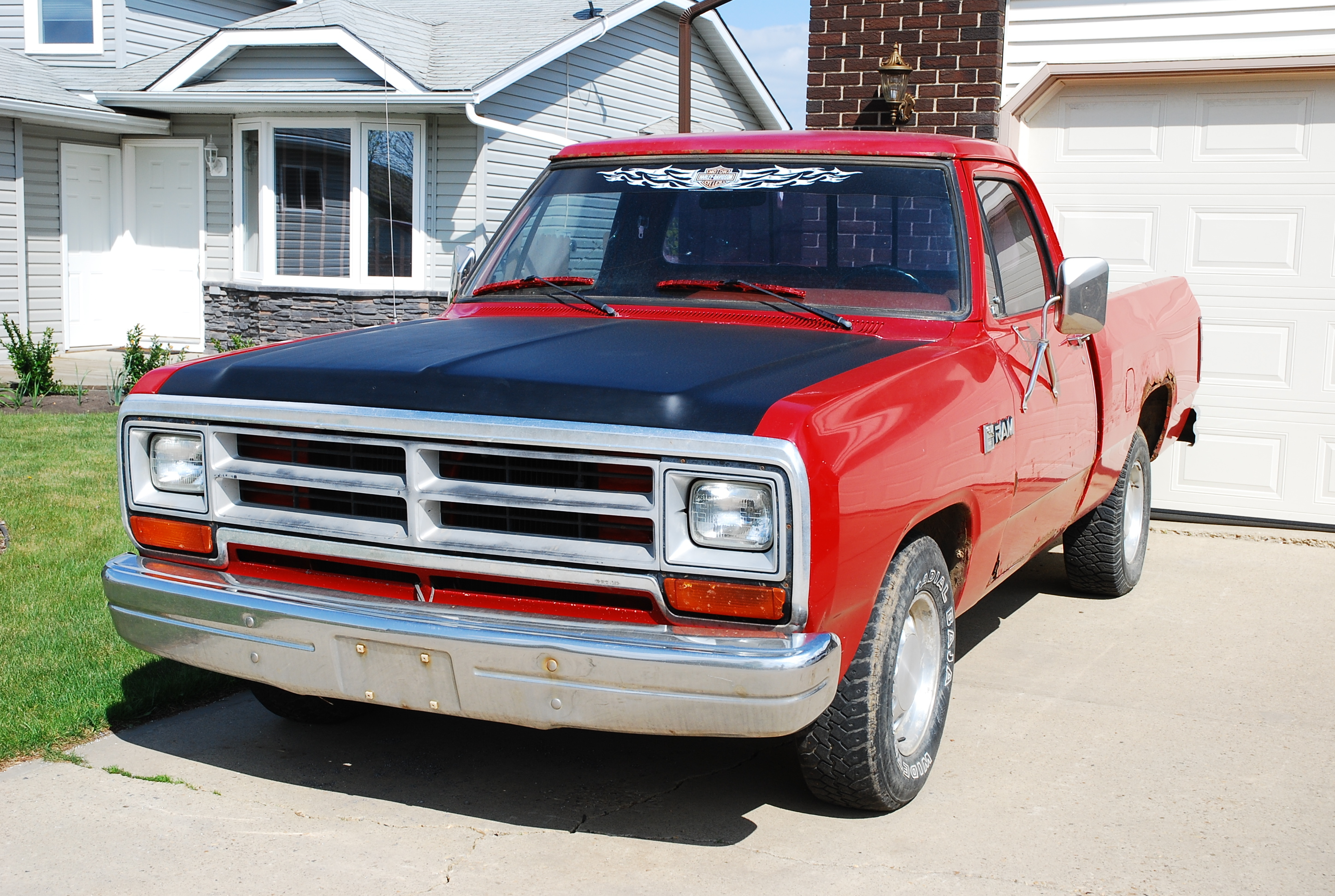 mopar-matt 1987 Dodge D150 Club Cab