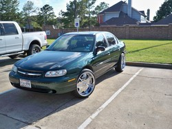 I_AM_AN_IDEAs 2002 Chevrolet Malibu