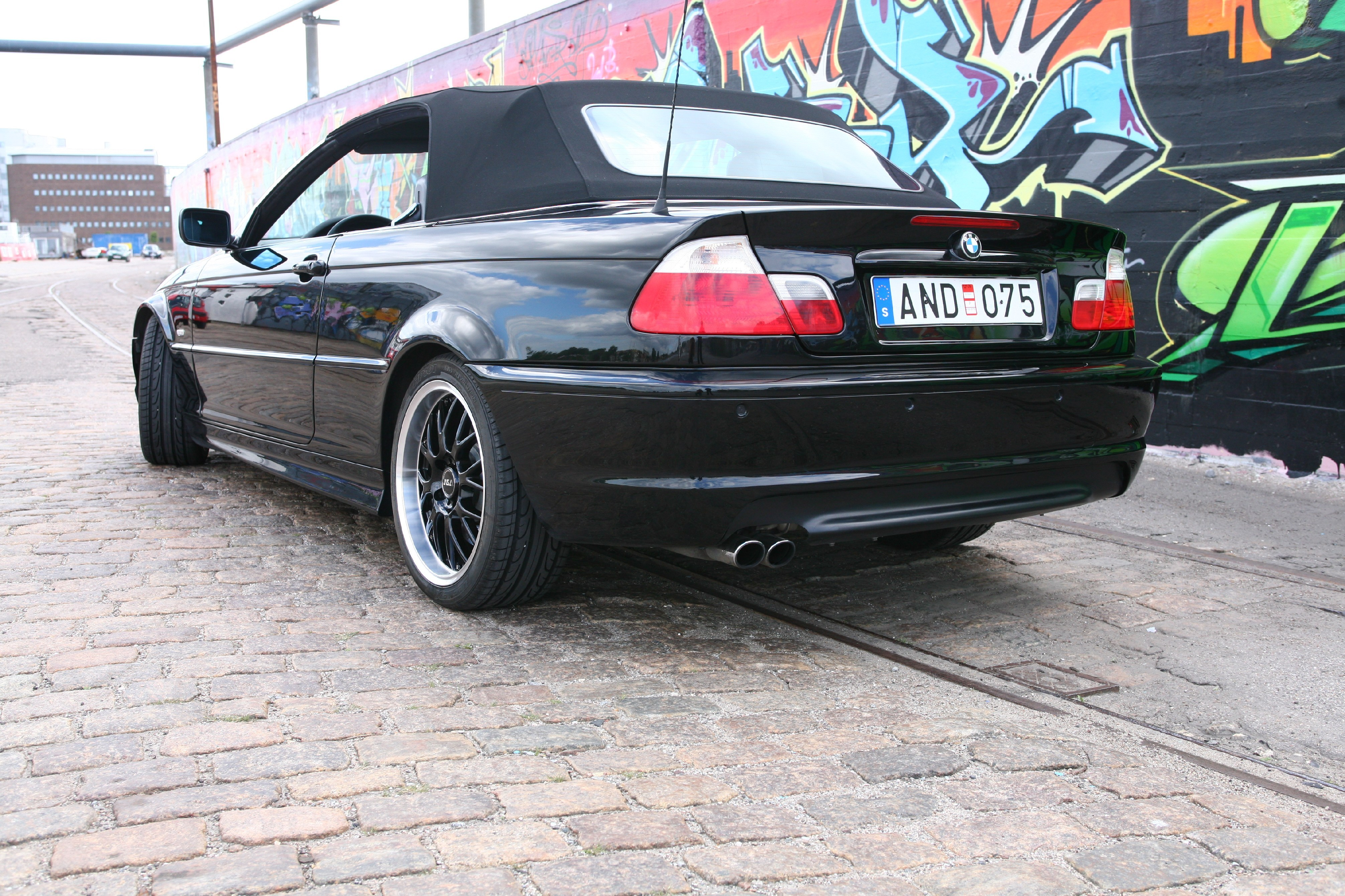 AdrianSweden 2002 BMW 3 Series 13190000