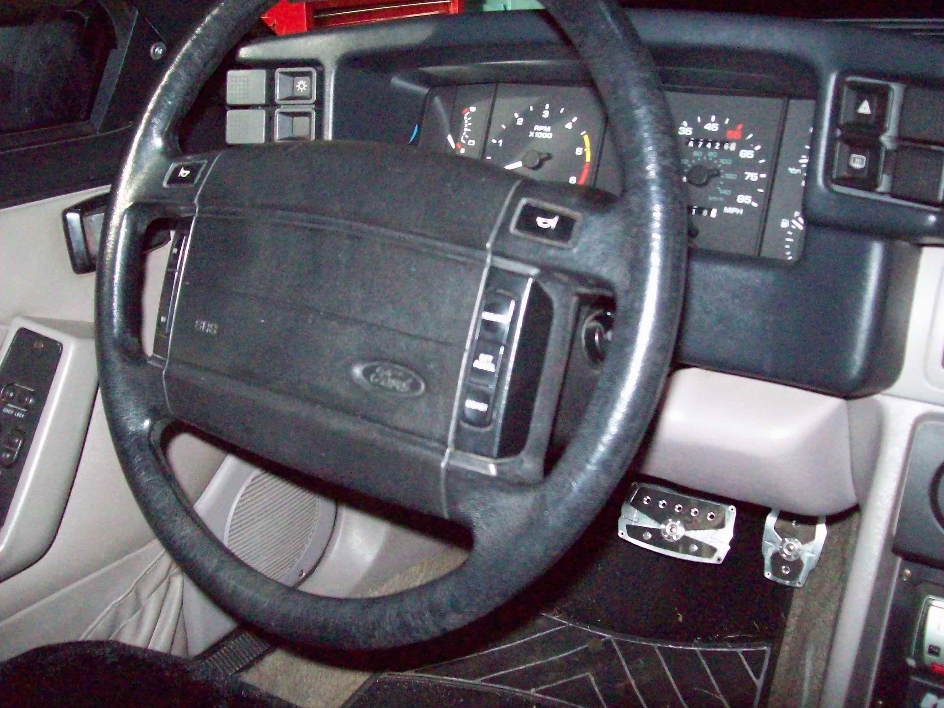 mychals92 1992 Ford Mustang 13188829