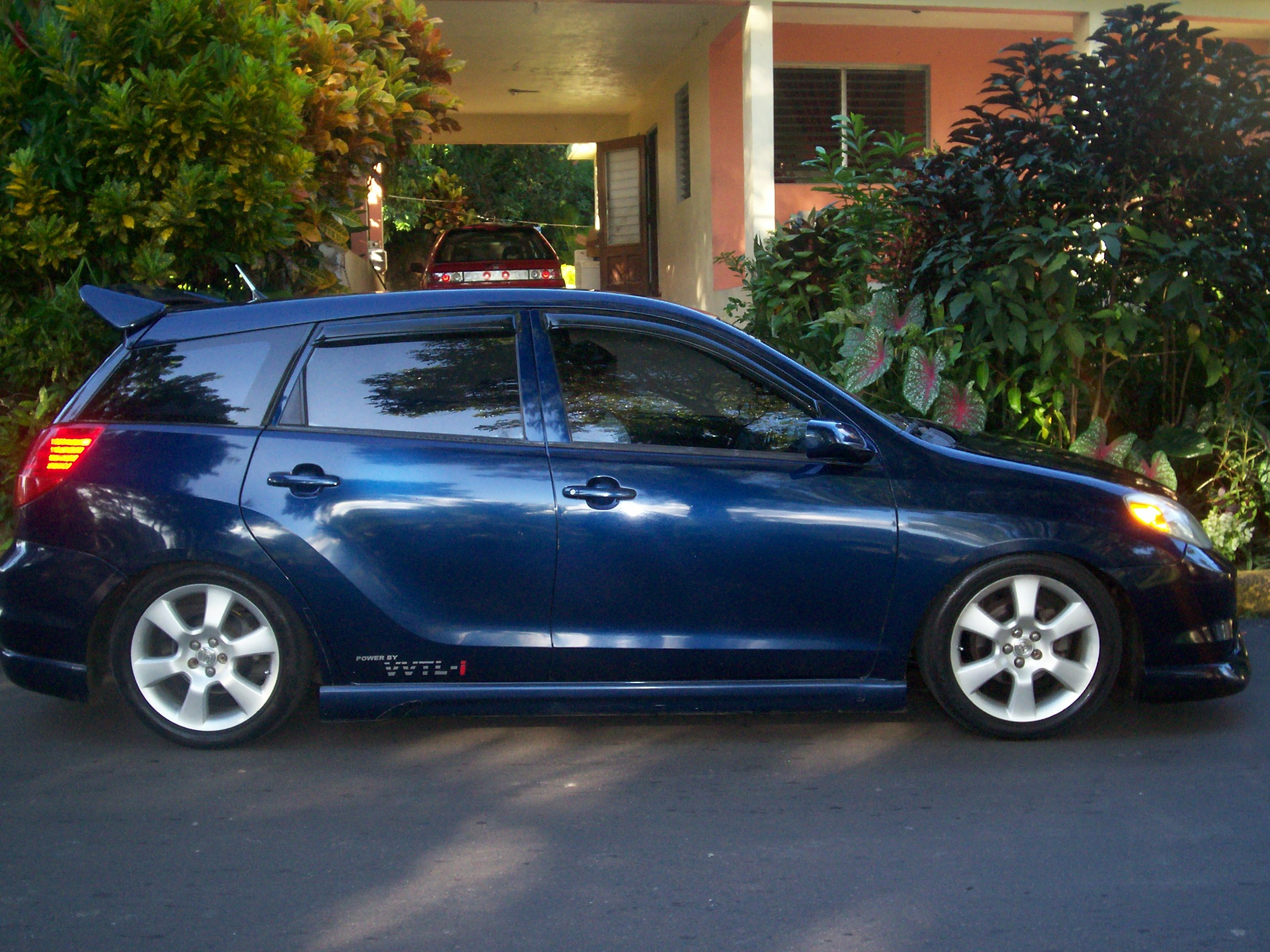 junxrs 2004 toyota matrix specs photos modification info at cardomain. Black Bedroom Furniture Sets. Home Design Ideas