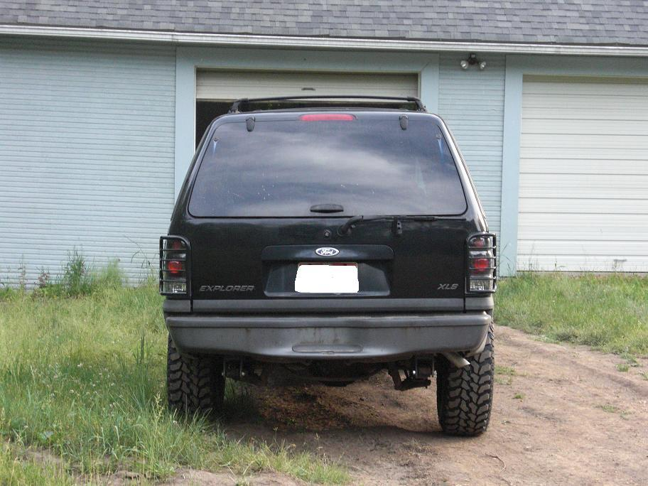 Another elky_77 1999 Ford Explorer post... - 13194571