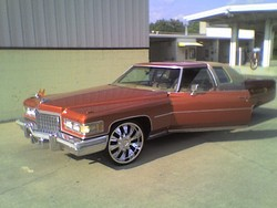 SLAB_HURTERs 1976 Cadillac DeVille