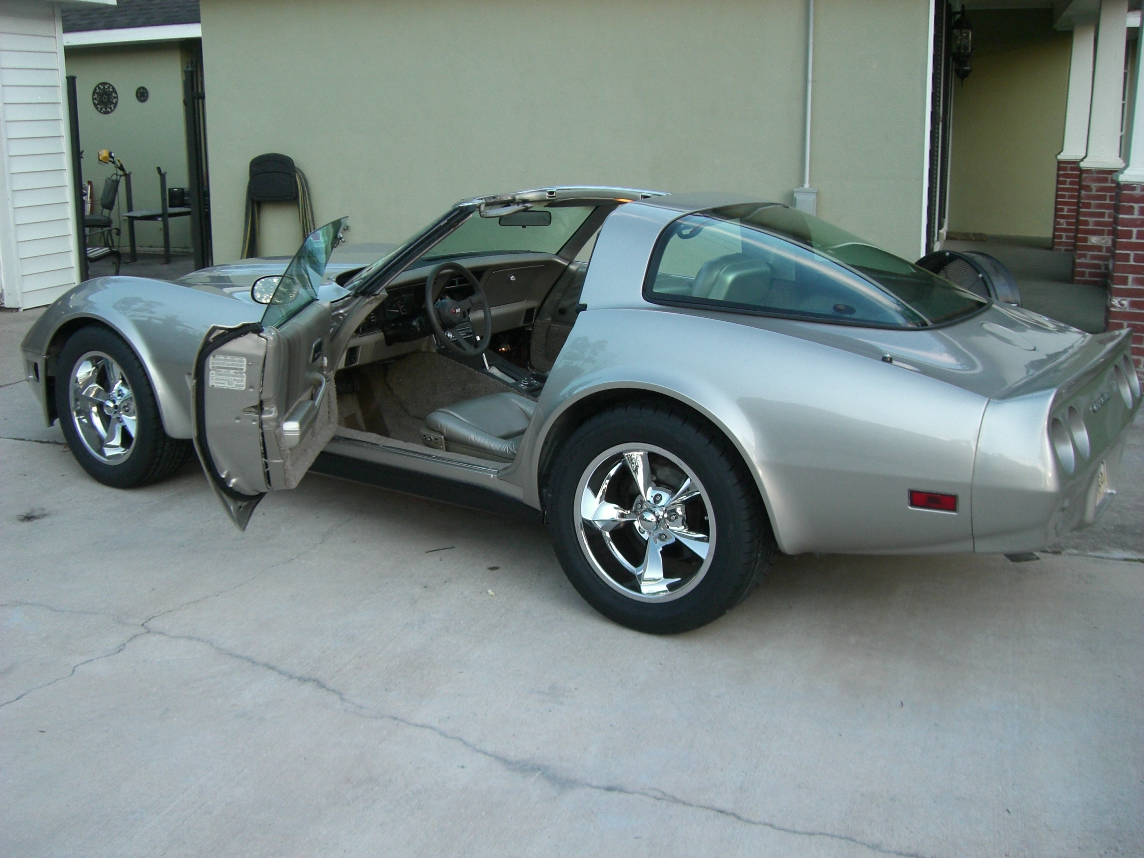 Da_Collector 1982 Chevrolet Corvette Specs, Photos, Modification