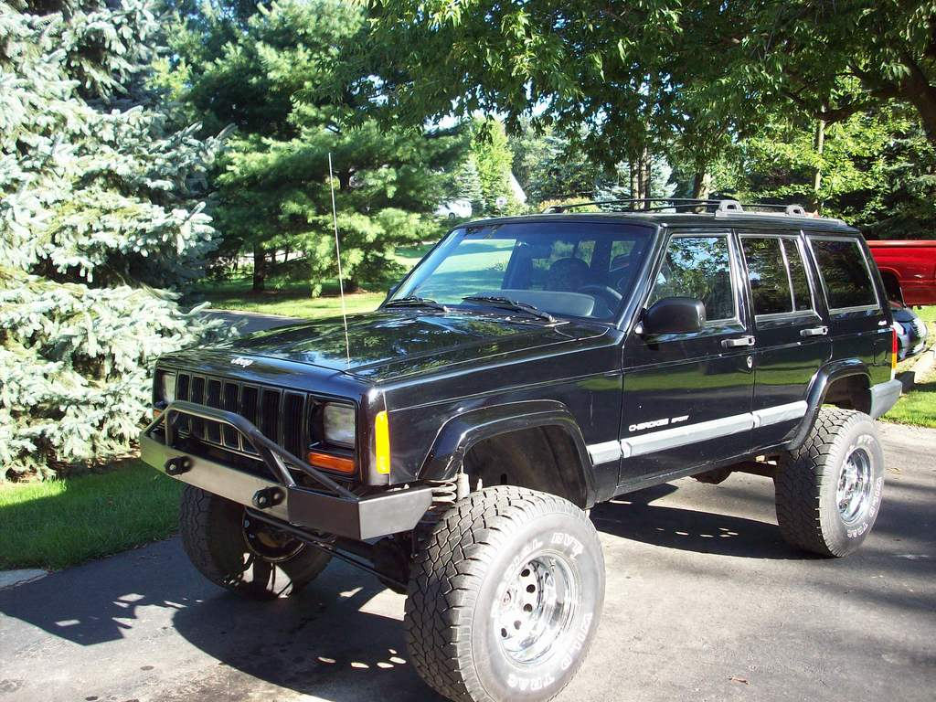 FORD826 2000 Jeep Cherokee