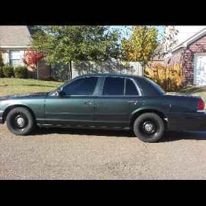 Christpala 2001 Ford Crown Victoria