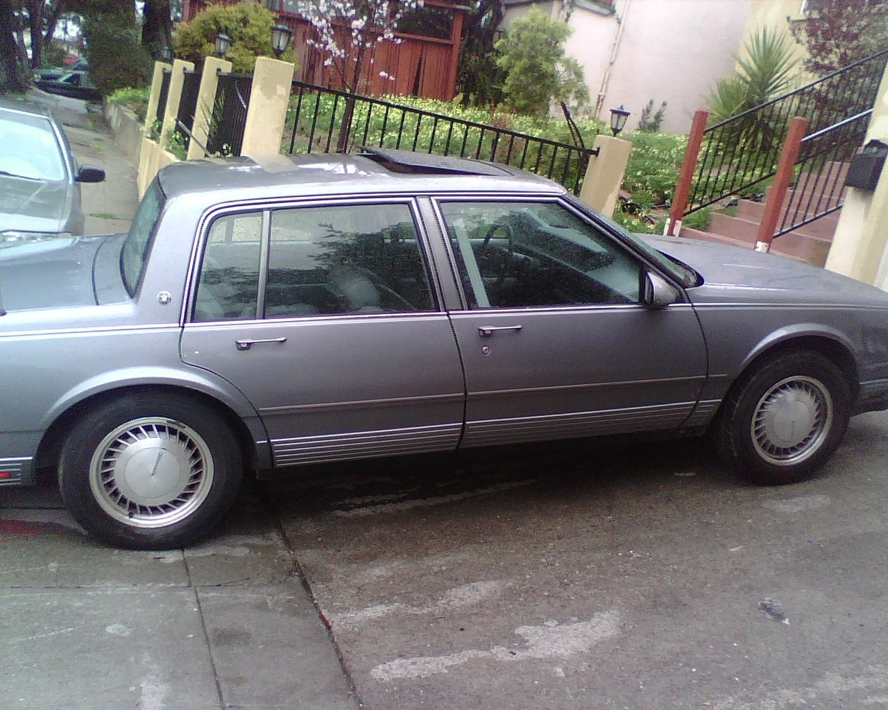 Another calboy510 1990 Oldsmobile Touring Sedan post... - 13206687