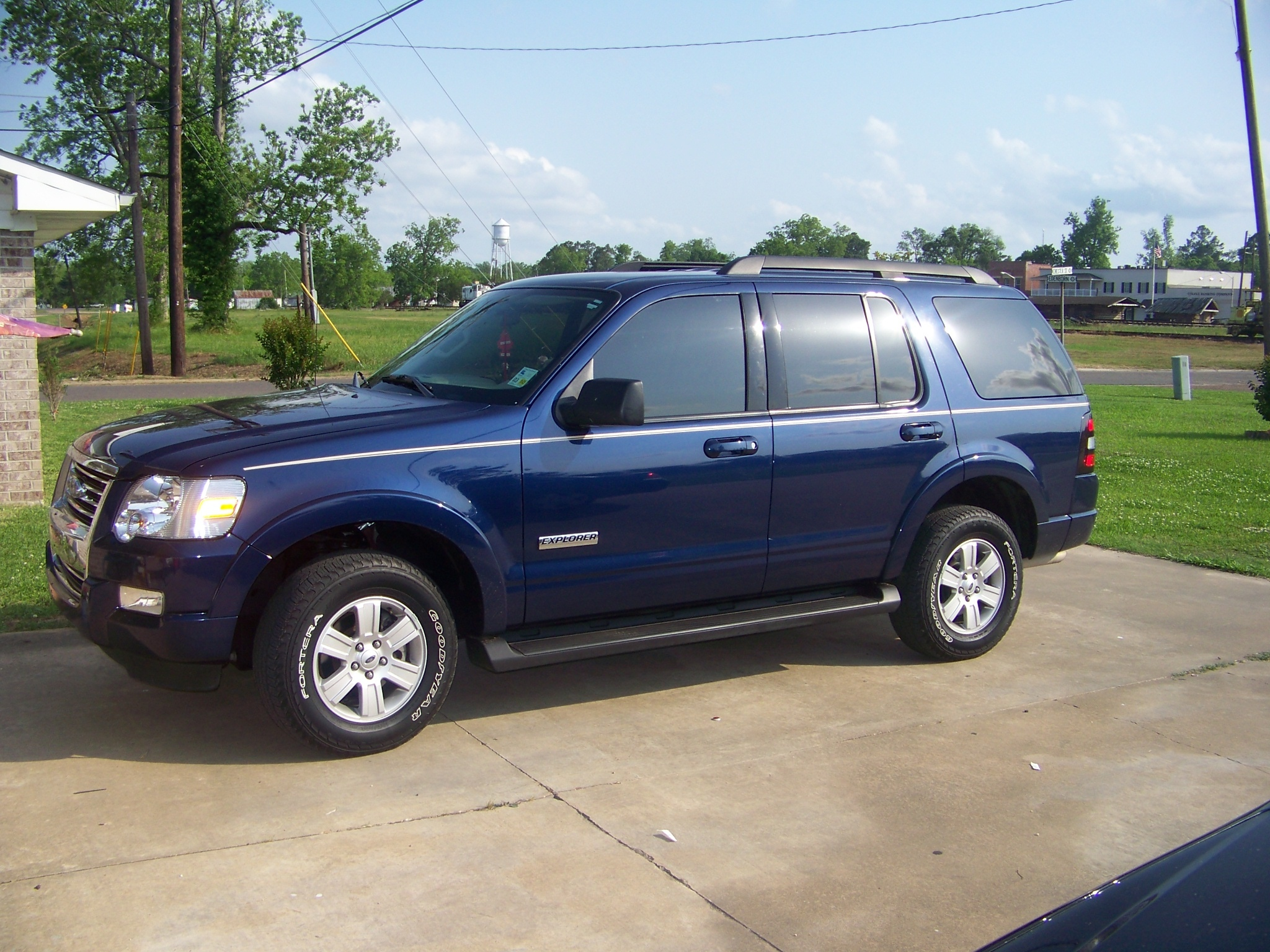 simplyQ 2008 Ford Explorer 13208242