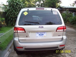leoamadeus 2009 Ford Escape