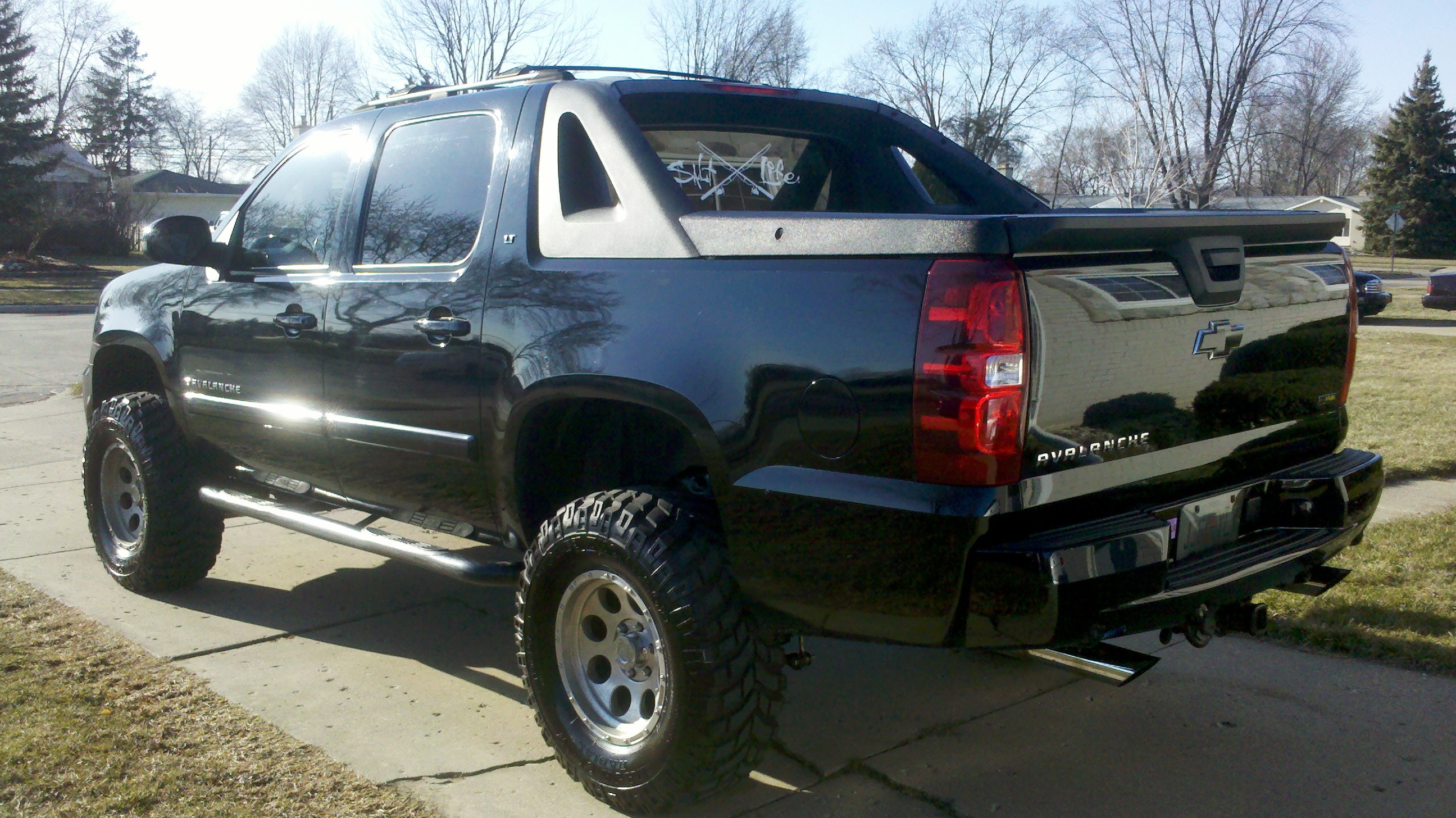 Another johnnyj23s 2007 Chevrolet Avalanche 1500 post... - 13219321