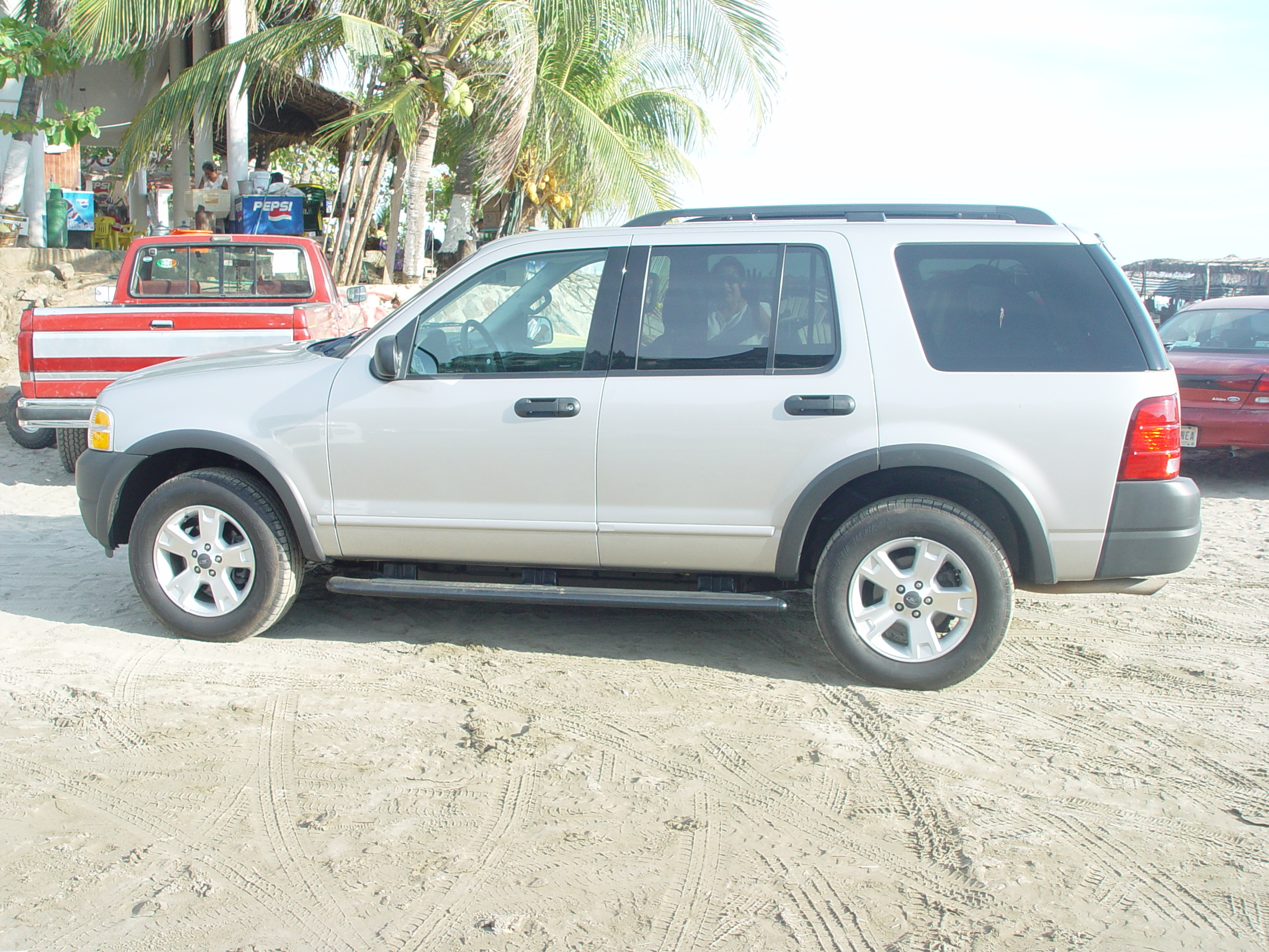 Another silverman925 2003 Ford Explorer post... - 13230768