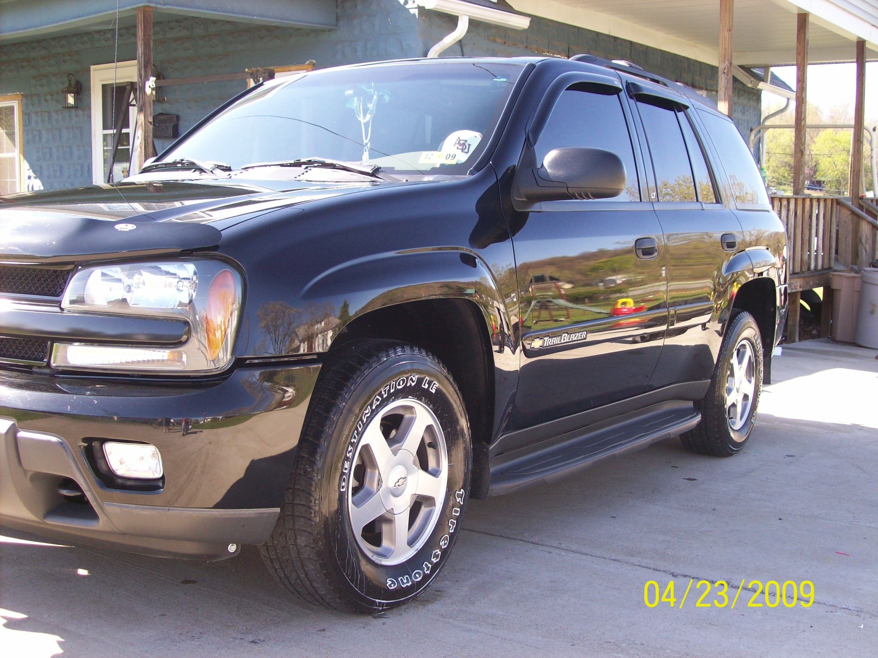 Another 03blktblzr 2003 Chevrolet TrailBlazer post... - 13229798