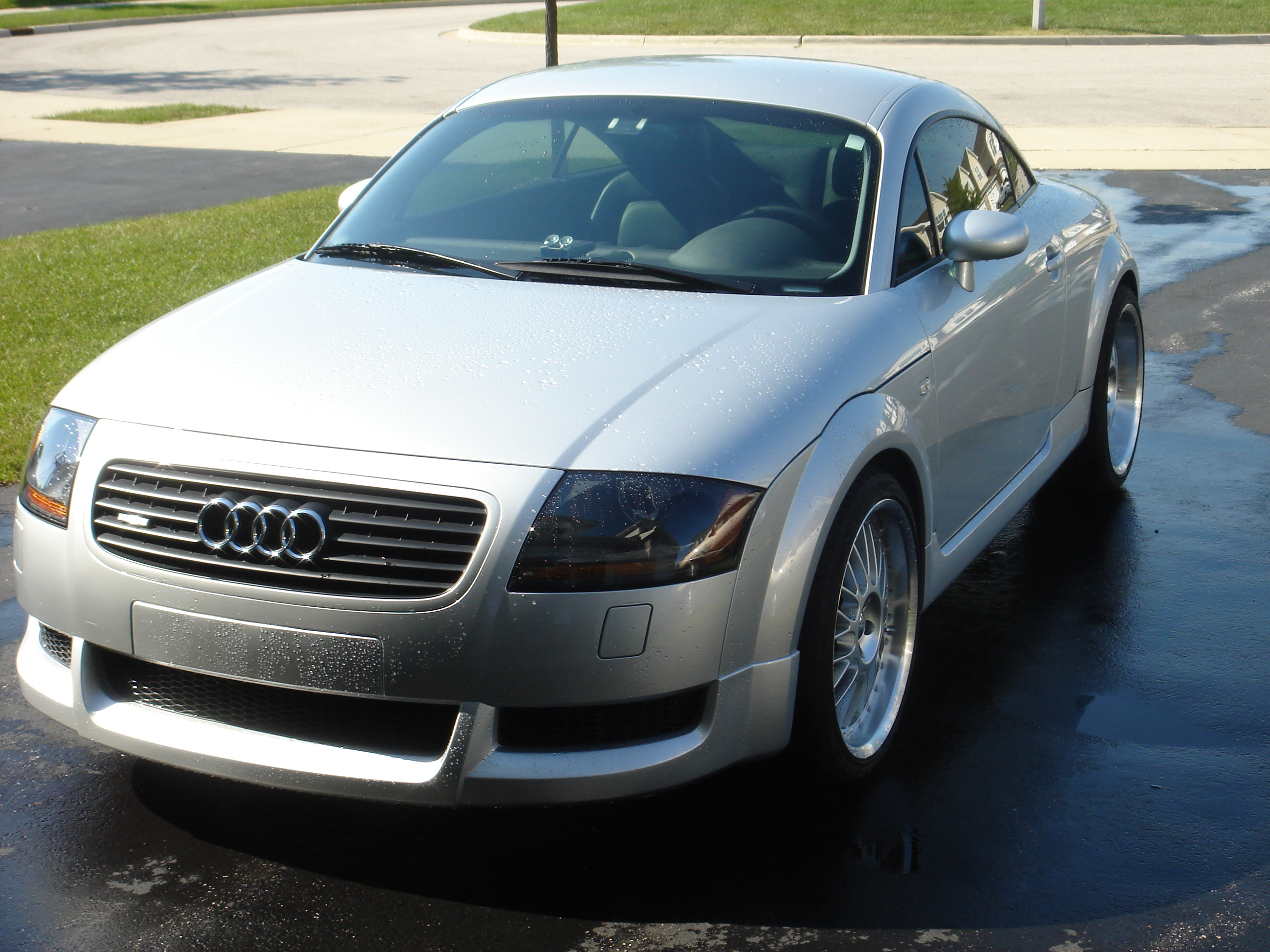 lowchevy00 2002 audi tt specs photos modification info at cardomain. Black Bedroom Furniture Sets. Home Design Ideas