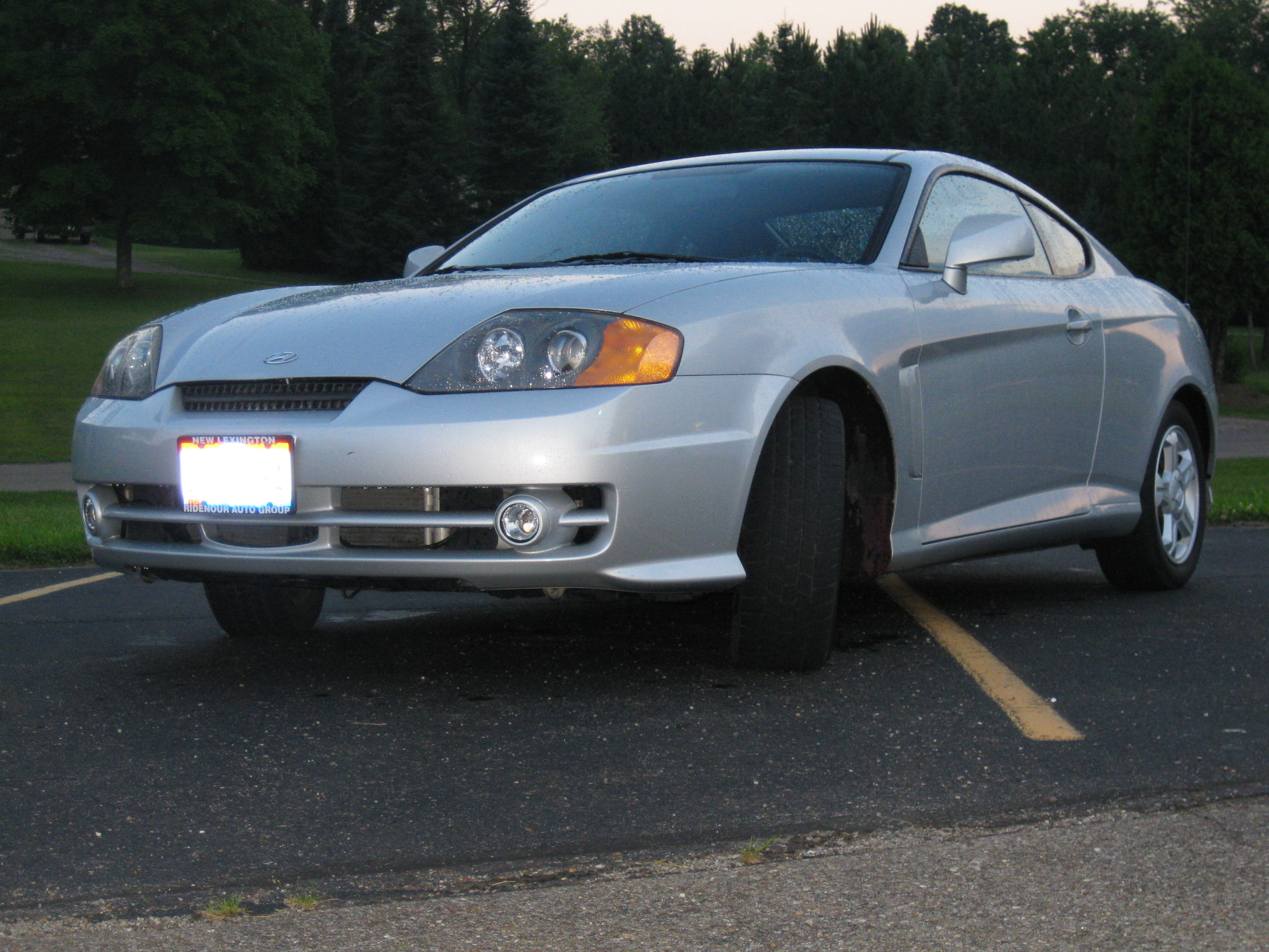 Another nickcapri8 2004 Hyundai Tiburon post... - 13708377