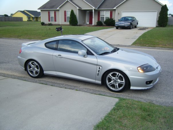 gambinno 39 s 2006 hyundai tiburon in fayetteville nc. Black Bedroom Furniture Sets. Home Design Ideas