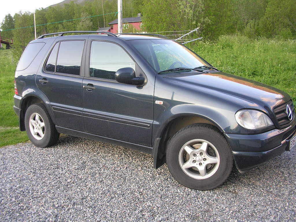 Another speisen 2000 Mercedes-Benz M-Class post... - 13235884