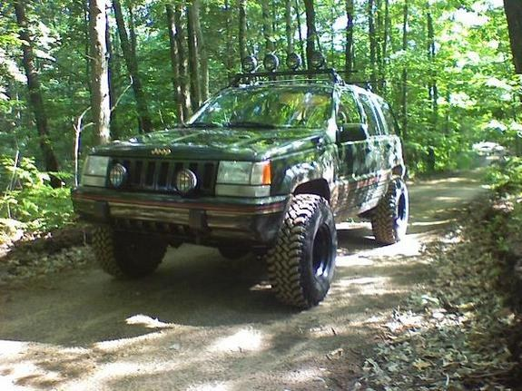 Large on 1995 Jeep Laredo