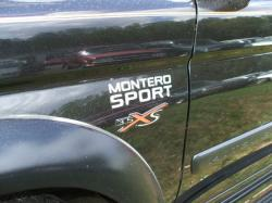 01sports 2001 Mitsubishi Montero Sport