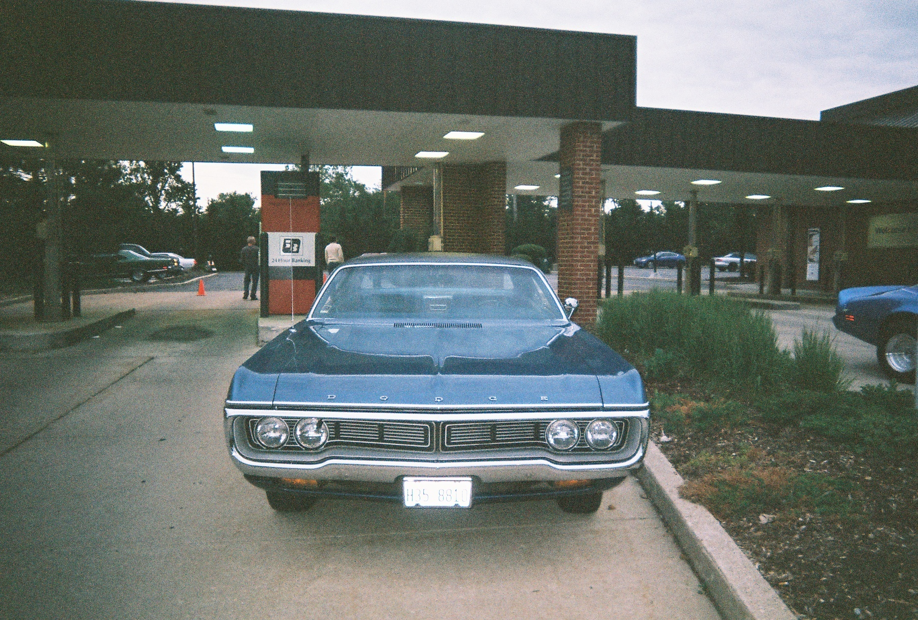 bladeball27's 1970 Dodge Polara
