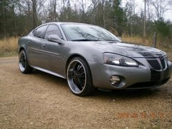 TRAPBOYTROY25s 2007 Pontiac Grand Prix