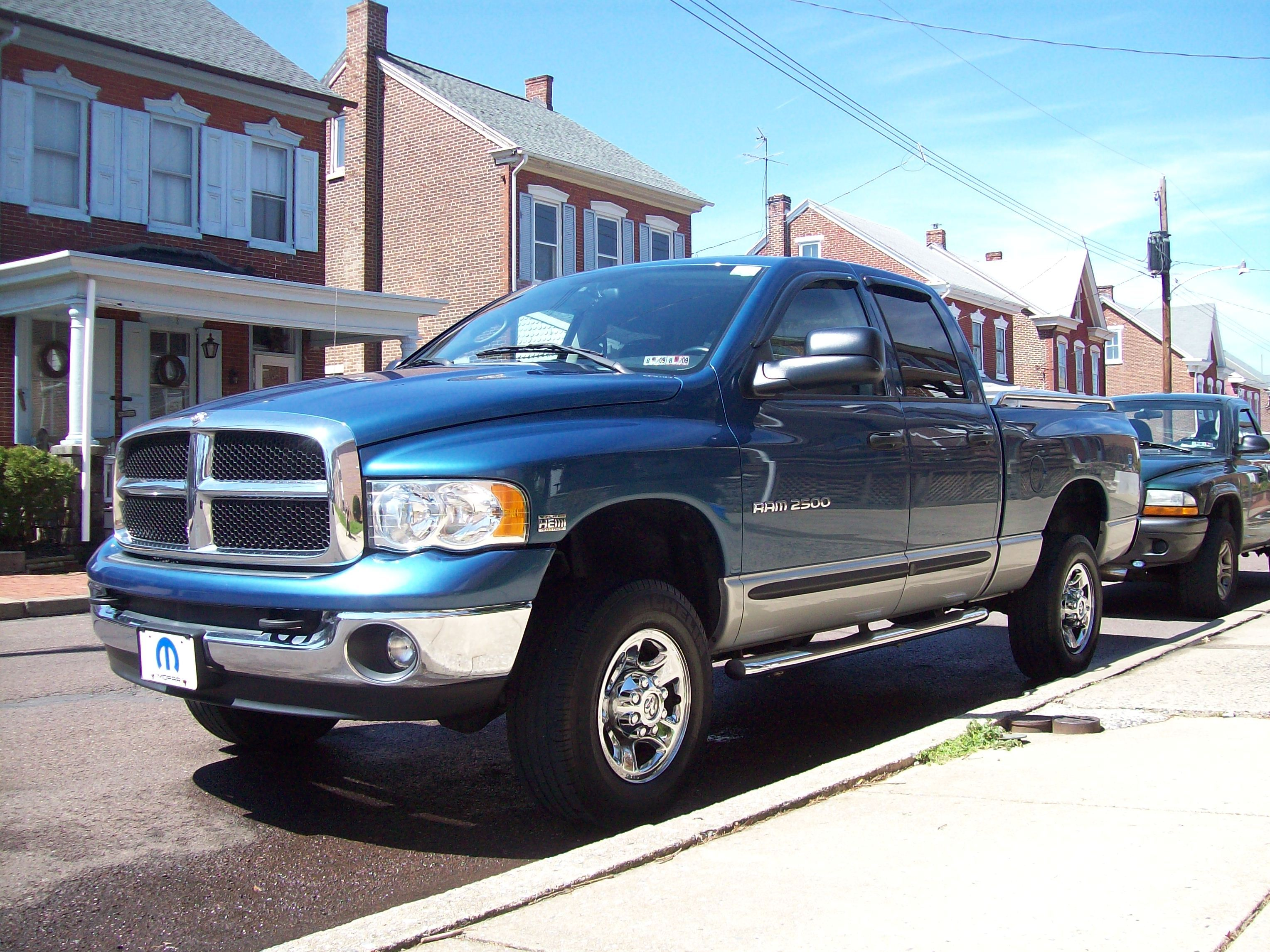 hemishadow 2004 dodge ram 1500 regular cab specs photos modification info at cardomain. Black Bedroom Furniture Sets. Home Design Ideas