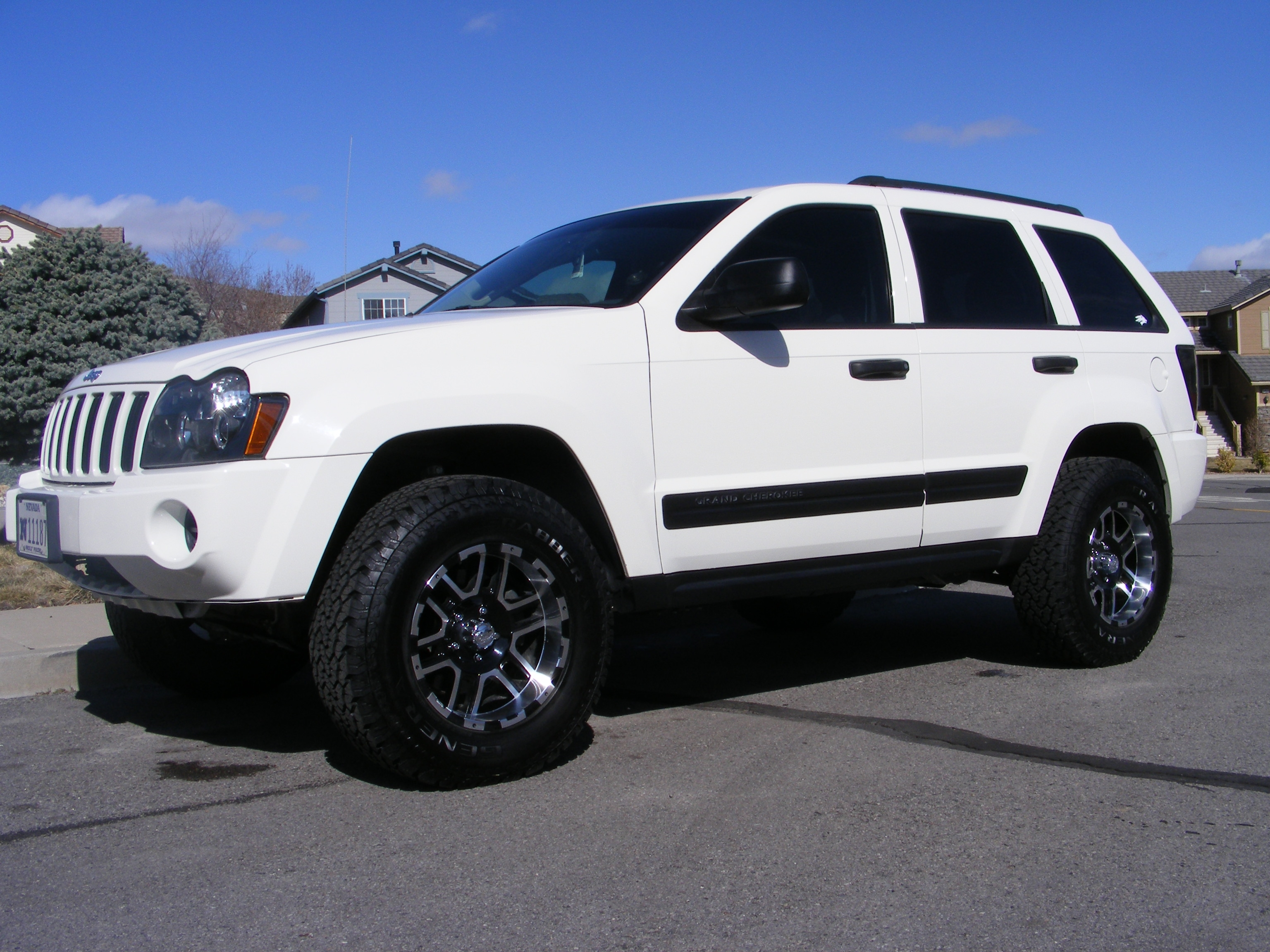 1oneseven7 2006 jeep grand cherokee specs photos modification info at cardomain. Black Bedroom Furniture Sets. Home Design Ideas