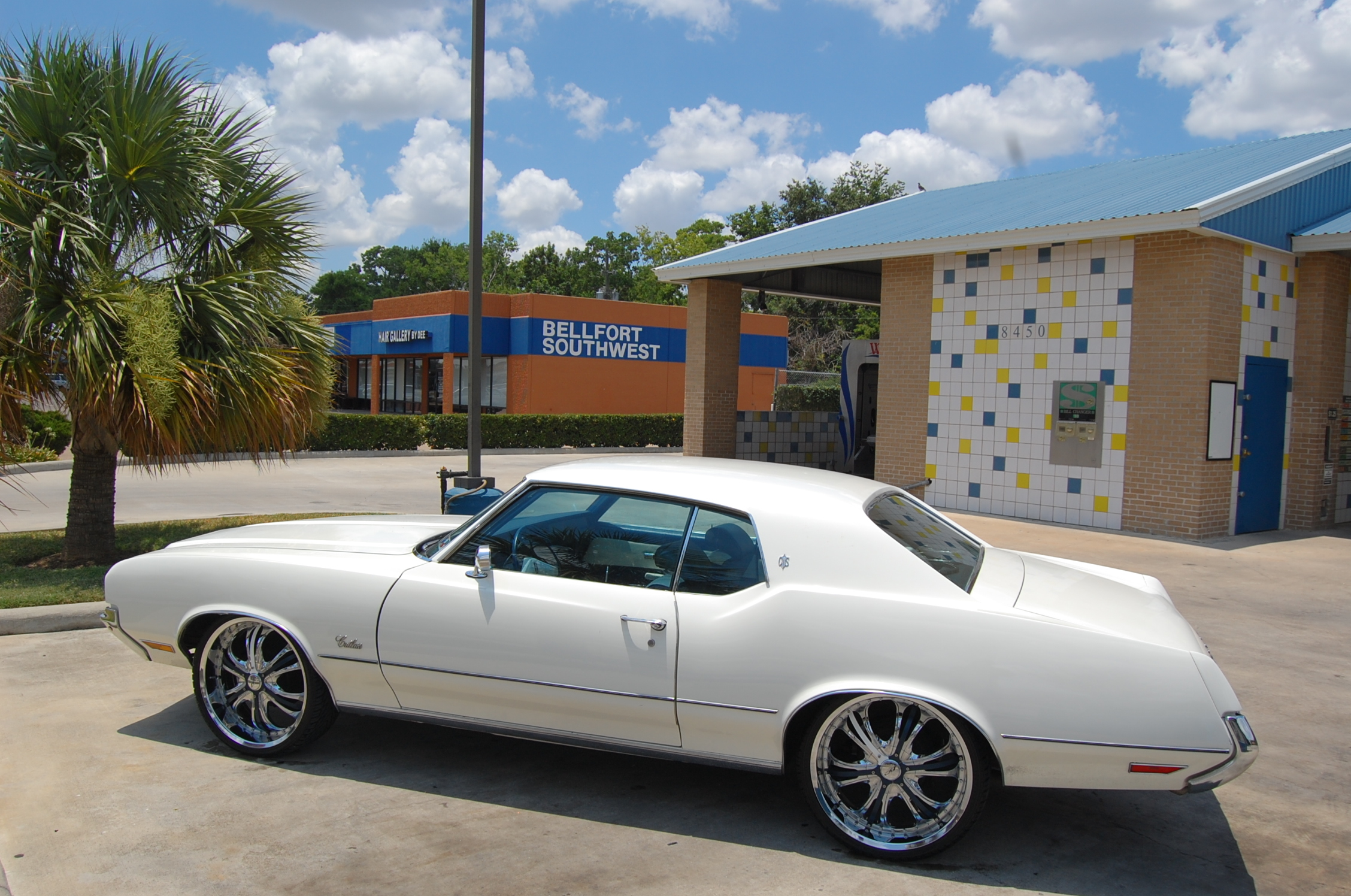 jmikefitness 1972 Oldsmobile Cutlass Supreme