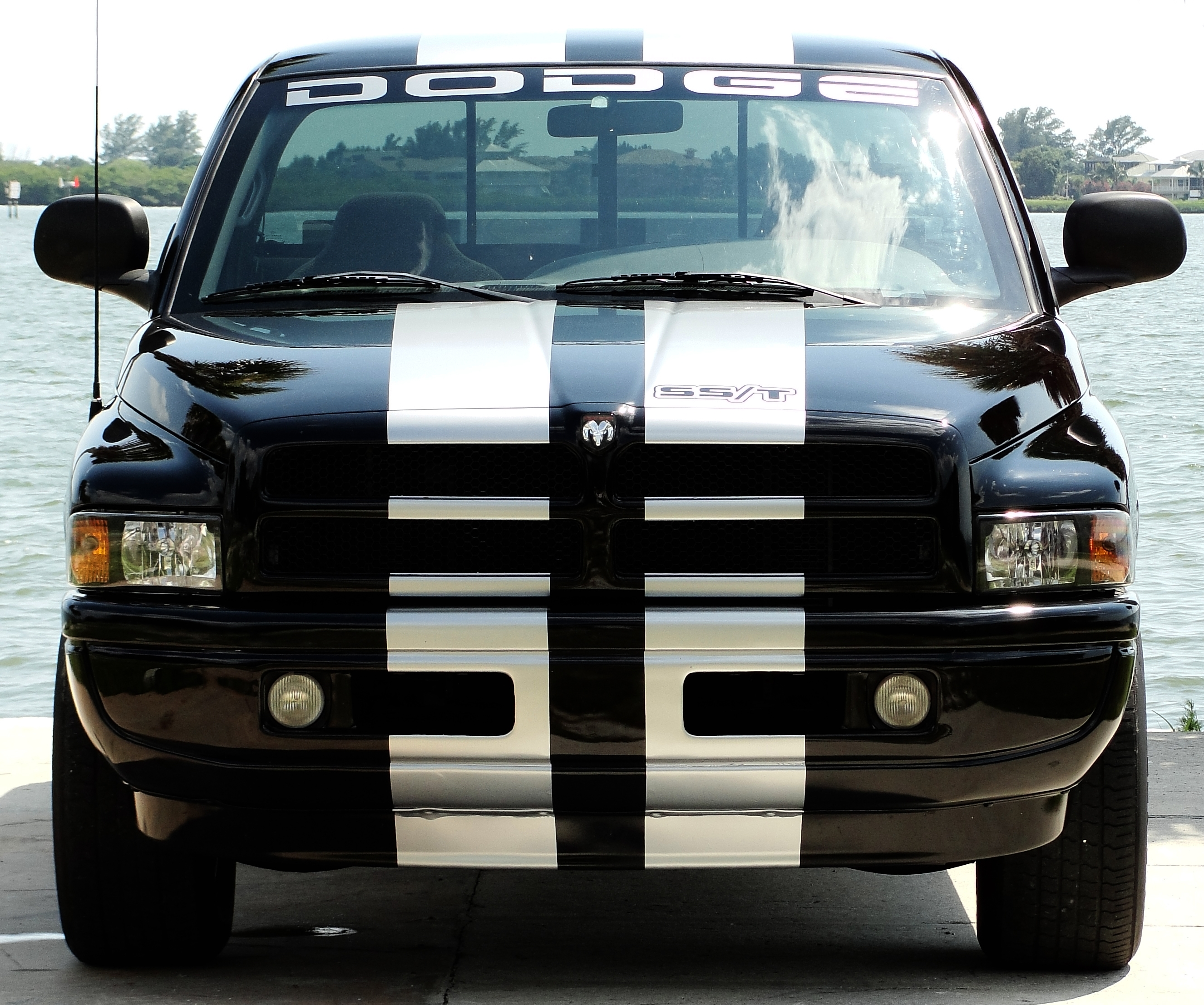 Strang3majik 1998 Dodge Ram 1500 Regular Cab Specs, Photos