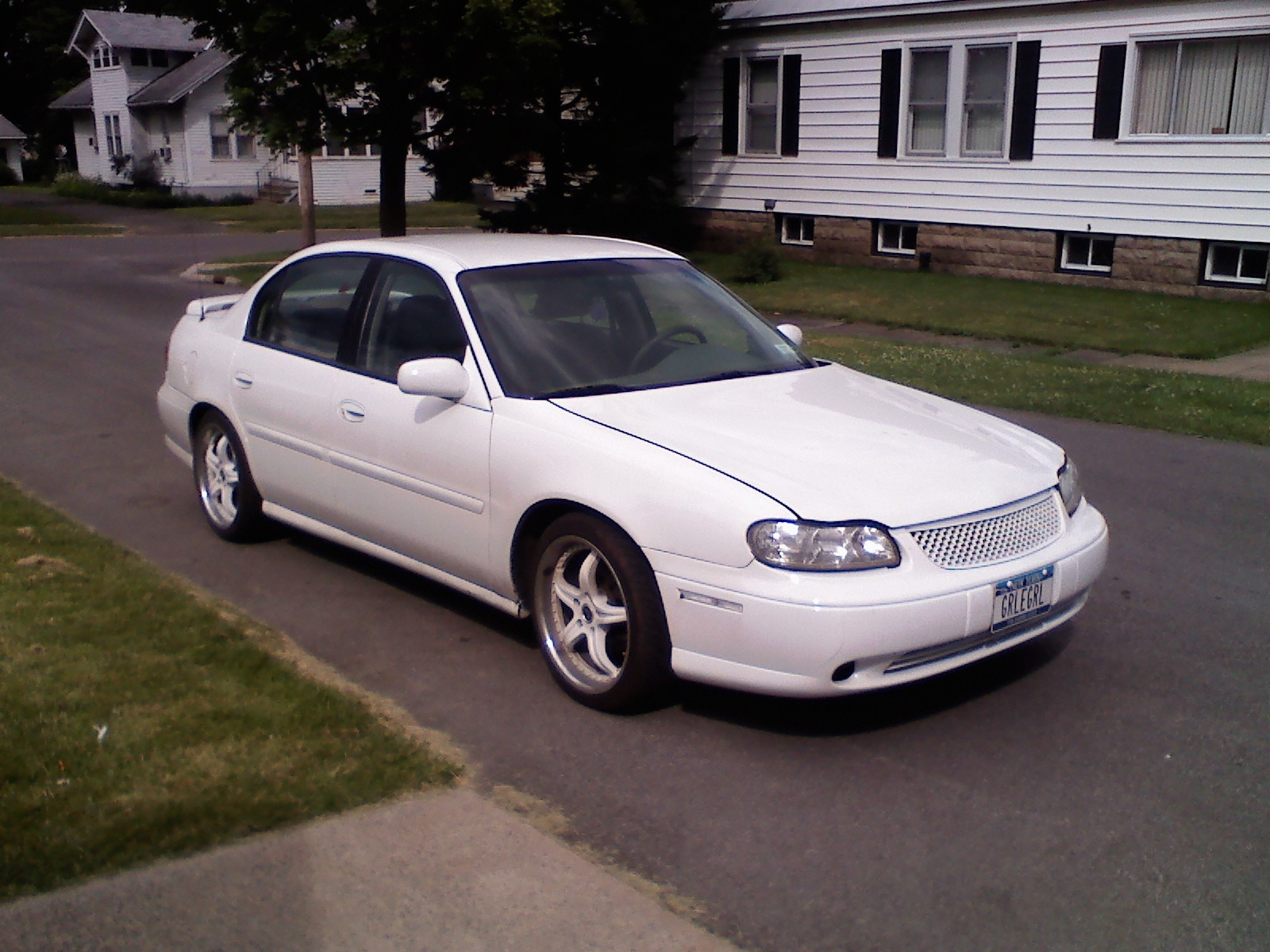 Girleegirl 2001 Chevrolet Malibu Specs  Photos