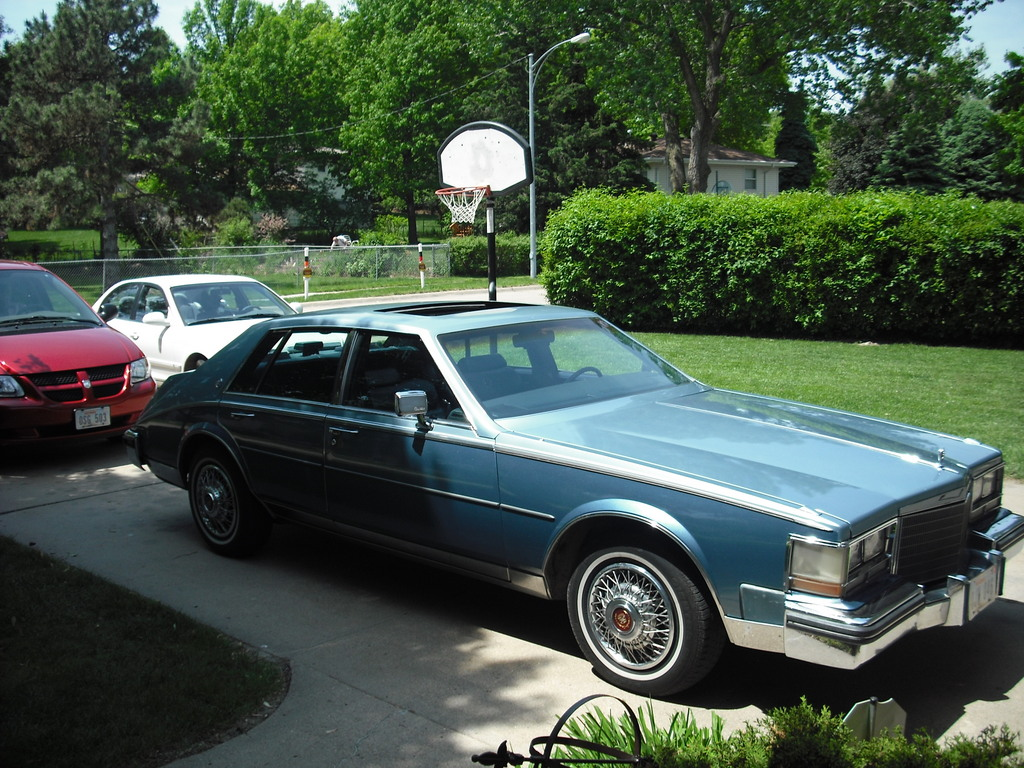 Large on 1992 Cadillac Fleetwood Sixty Special