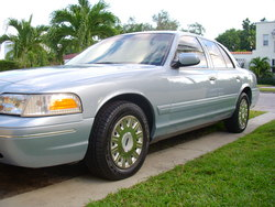 Nightrider008s 2003 Ford Crown Victoria