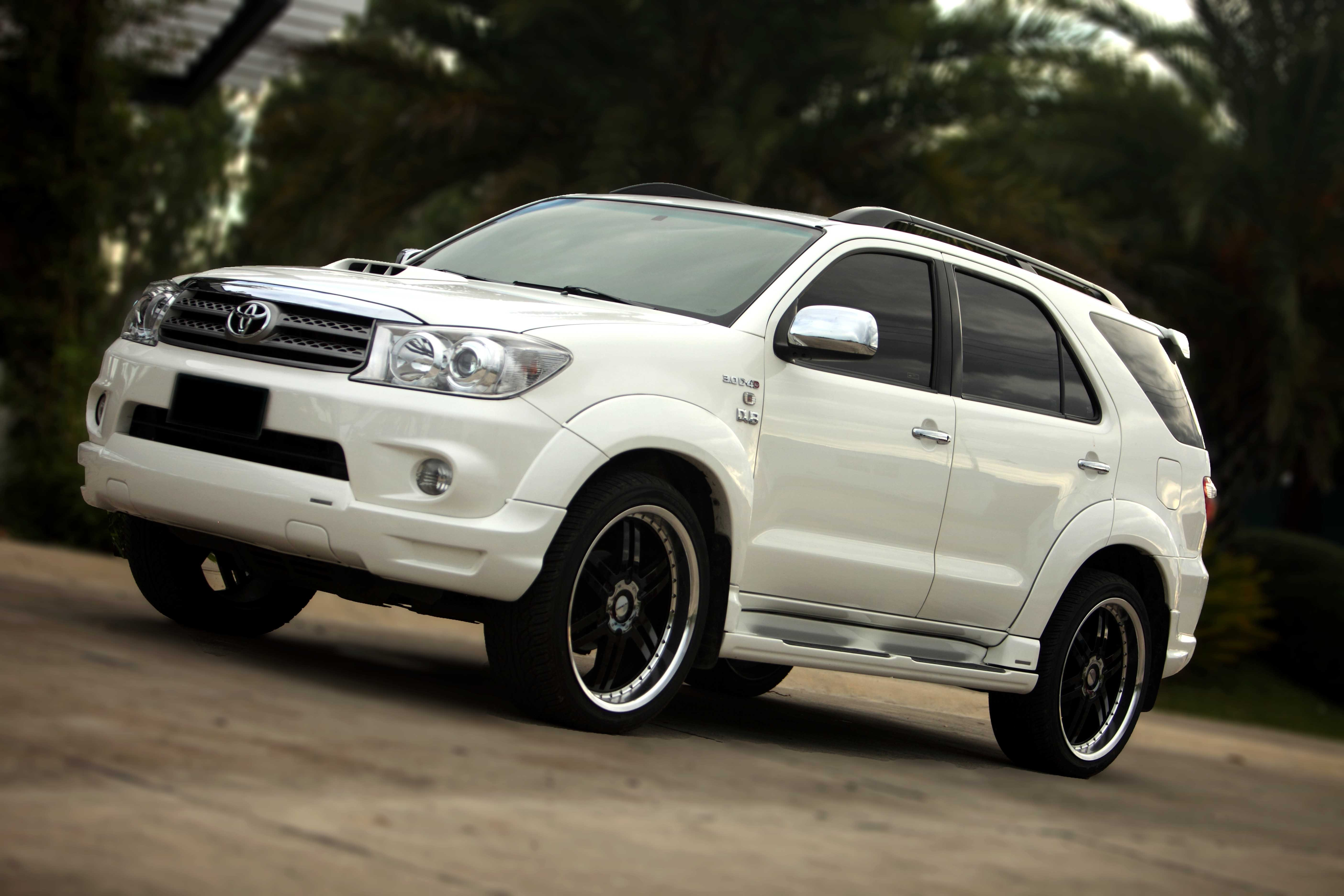 Toyota Fortuner Modified 2014 Www Imgkid Com The Image Kid Has It