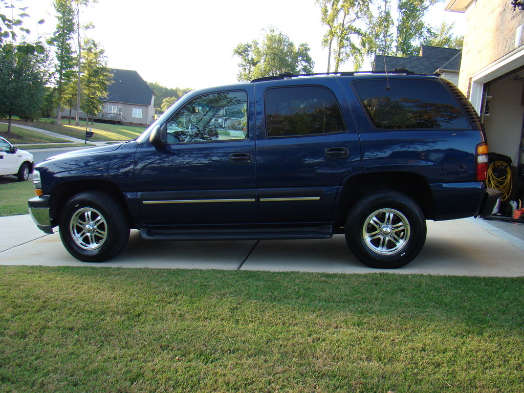 bluetahoe2001 39 s 2001 chevrolet tahoe in matthews nc. Black Bedroom Furniture Sets. Home Design Ideas