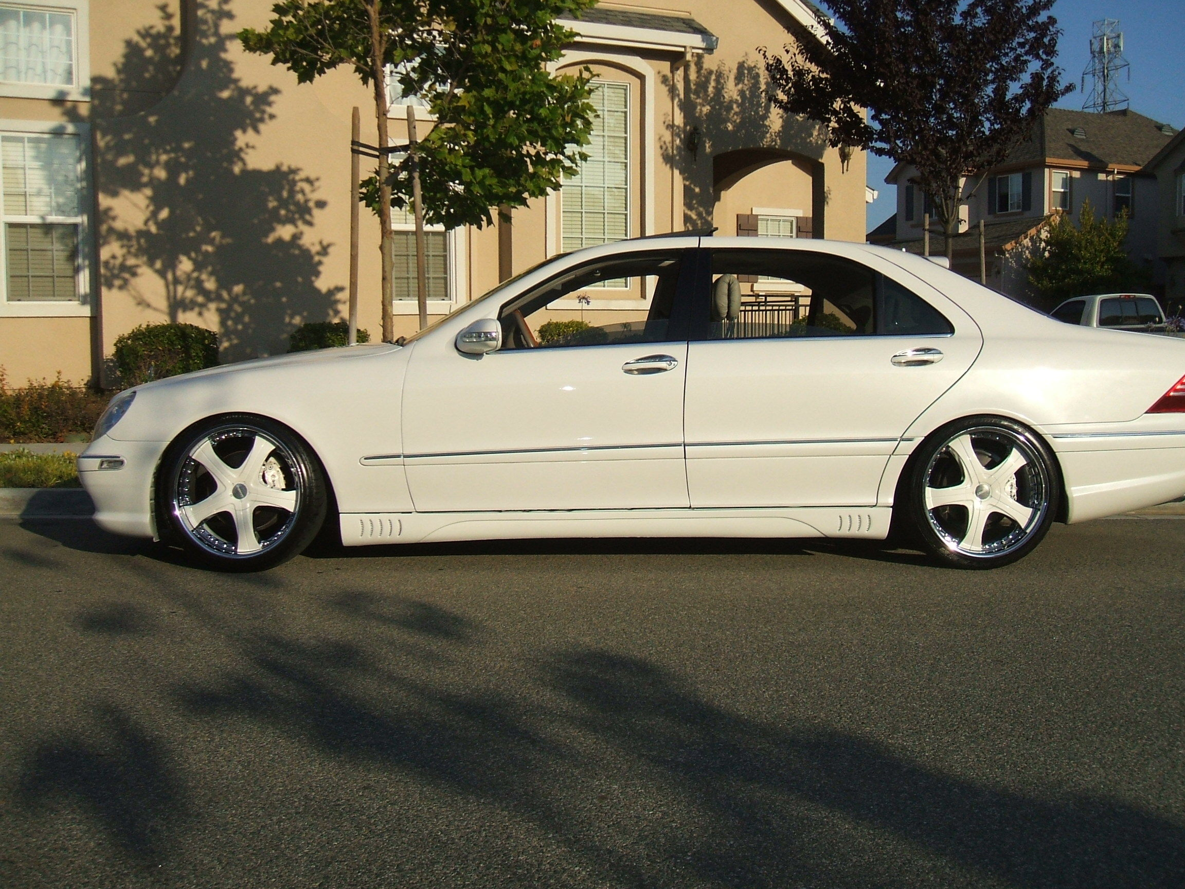 Another lalosuv 2002 Mercedes-Benz S-Class post... - 13287026