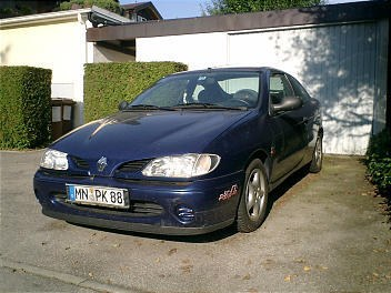 Another poolking_1 1996 Renault Megane post... - 9565803