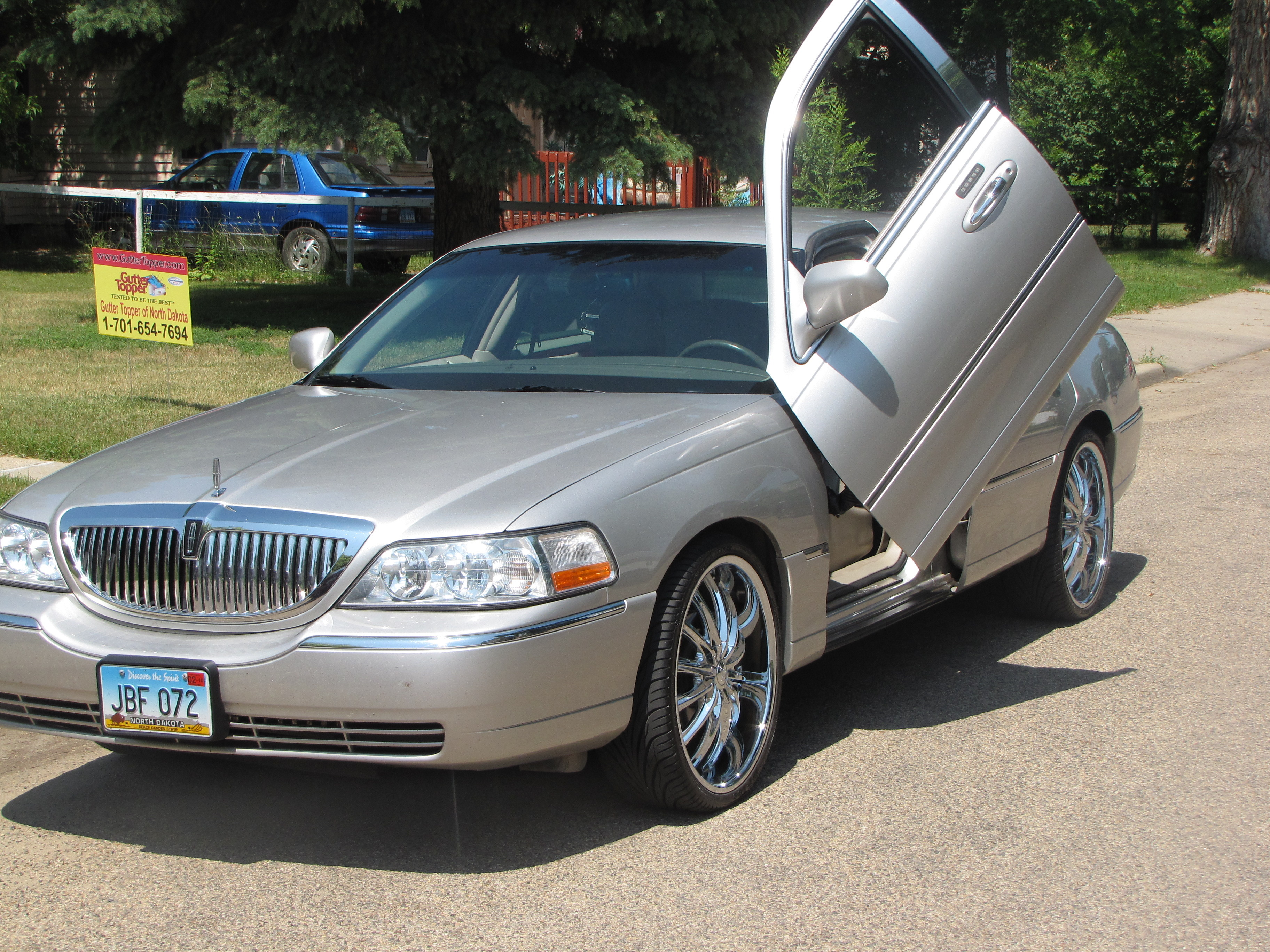 03lincolnlove 2003 lincoln town car specs photos modification info at cardomain. Black Bedroom Furniture Sets. Home Design Ideas
