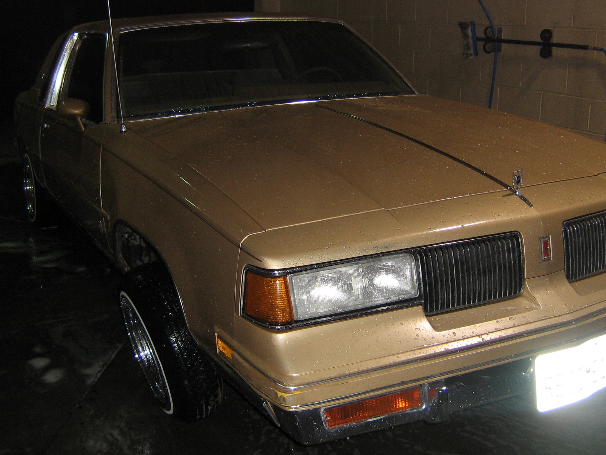 sp00kyi3 1987 Oldsmobile Cutlass Supreme 13289186
