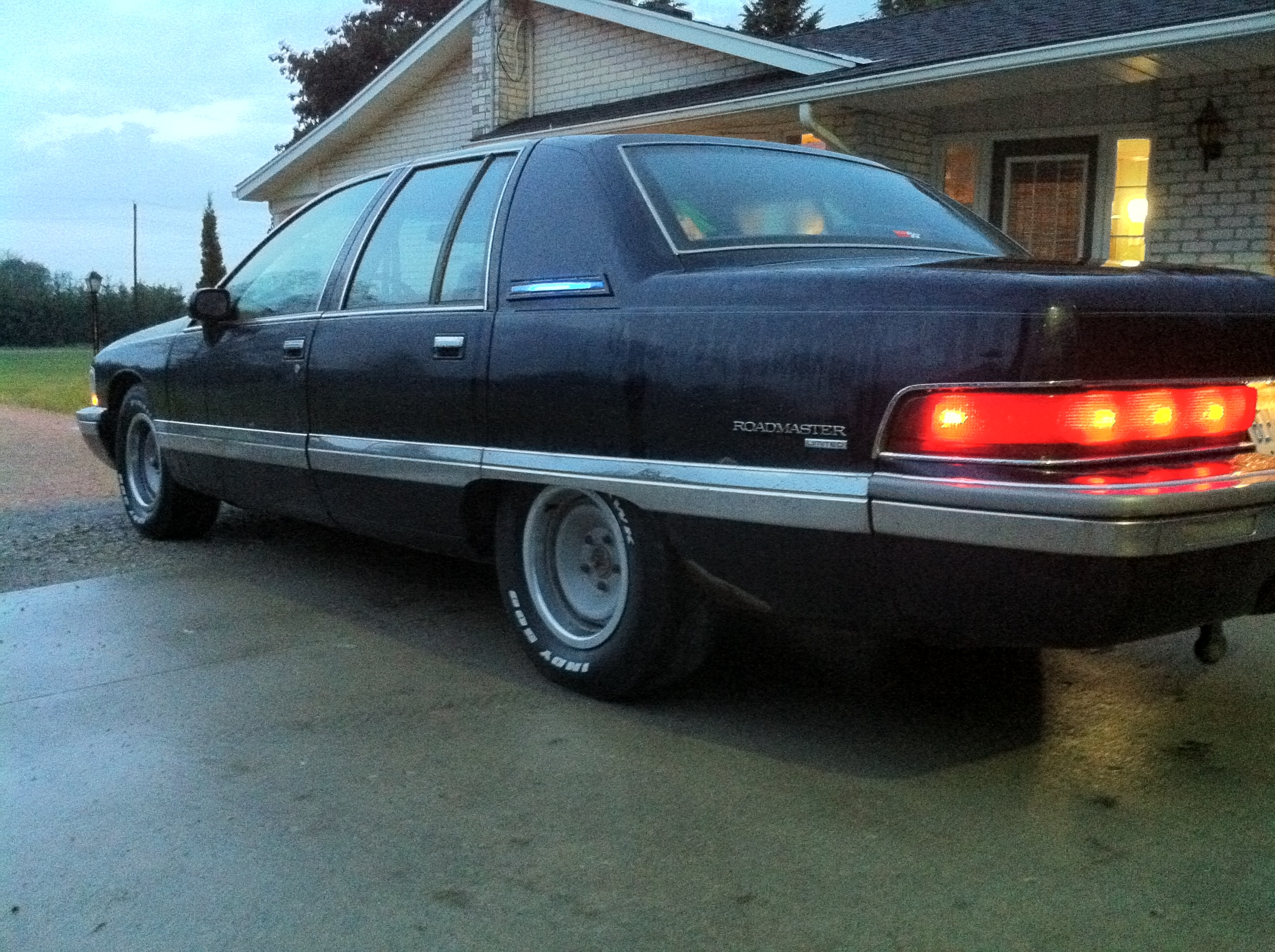 thegame519 1992 buick roadmaster specs photos. Cars Review. Best American Auto & Cars Review