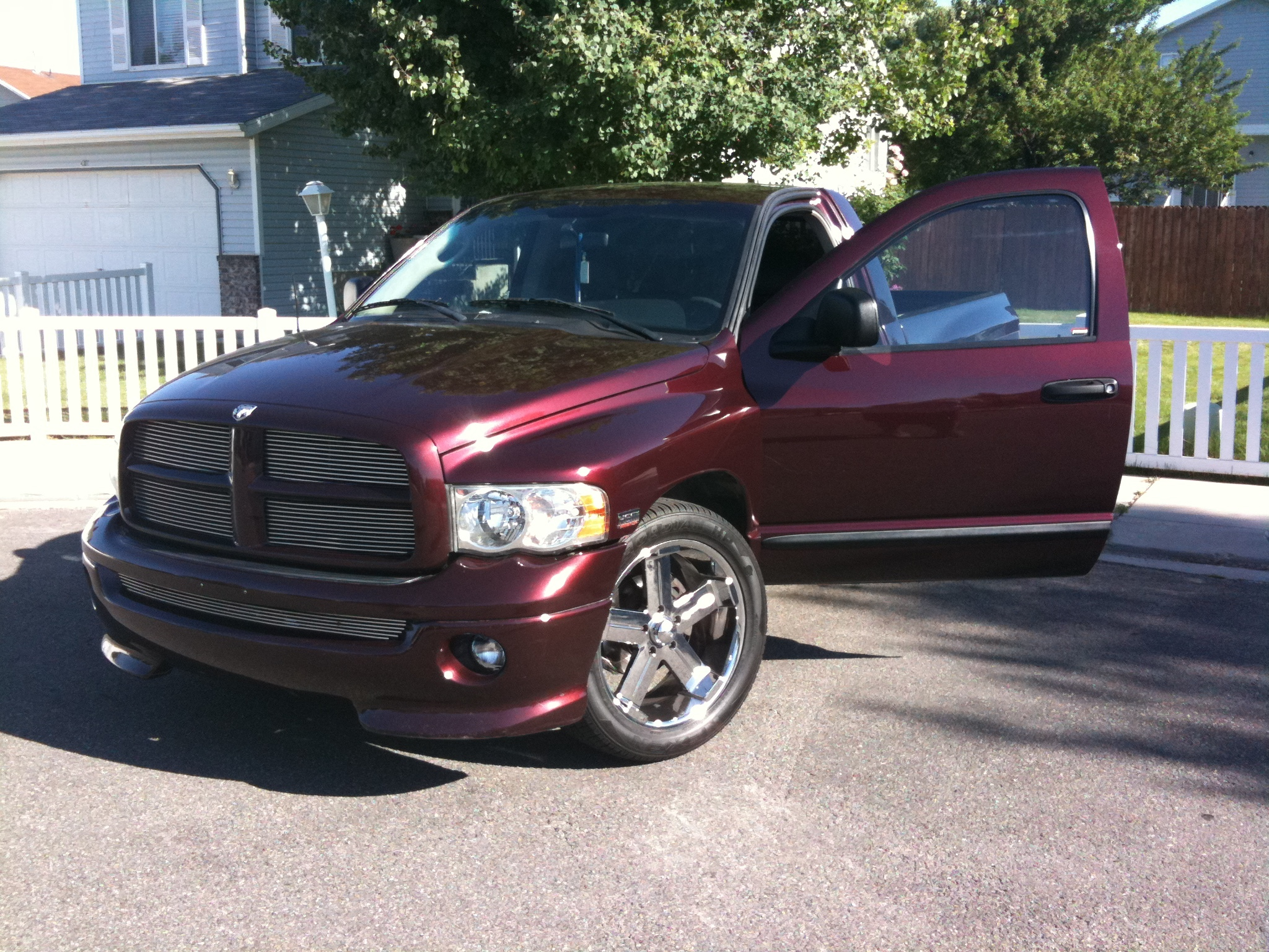 razas05ram 2005 dodge ram 1500 regular cab specs photos. Black Bedroom Furniture Sets. Home Design Ideas