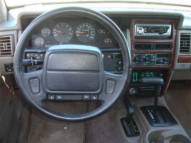 Original on 1995 Jeep Cherokee Interior